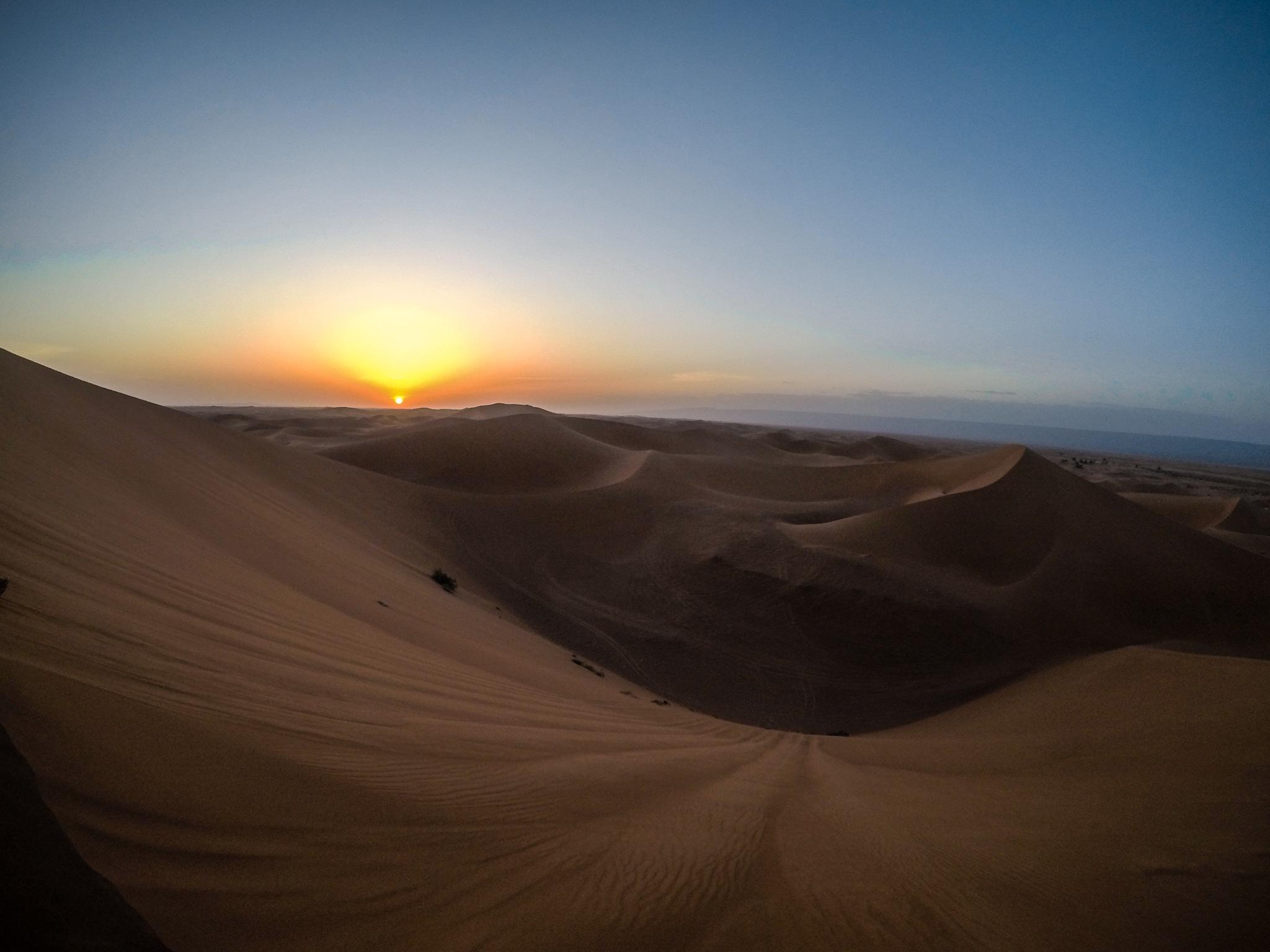 Desert in sunset by fra_perticaroli