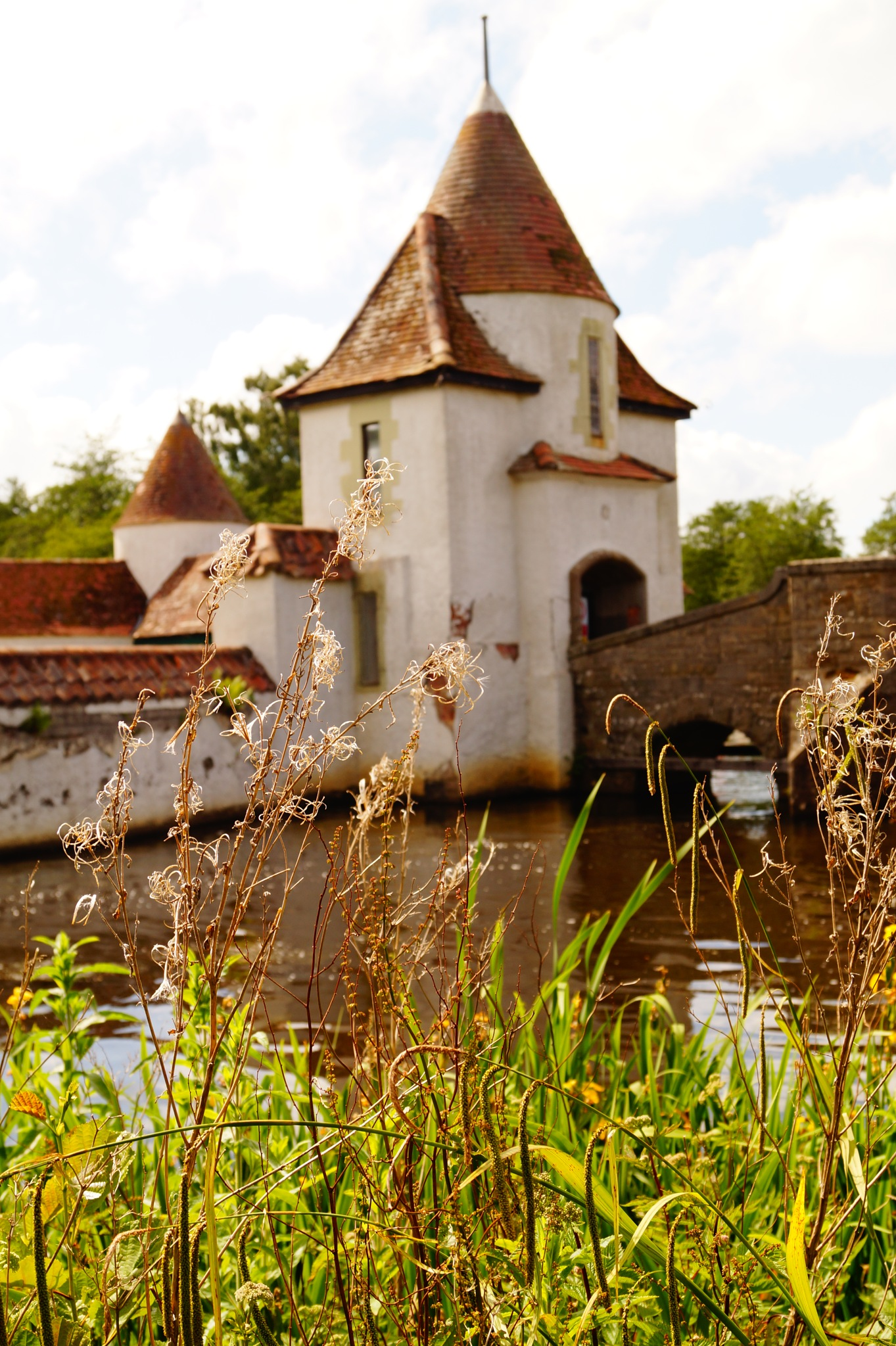 Castles by chiaravilla95
