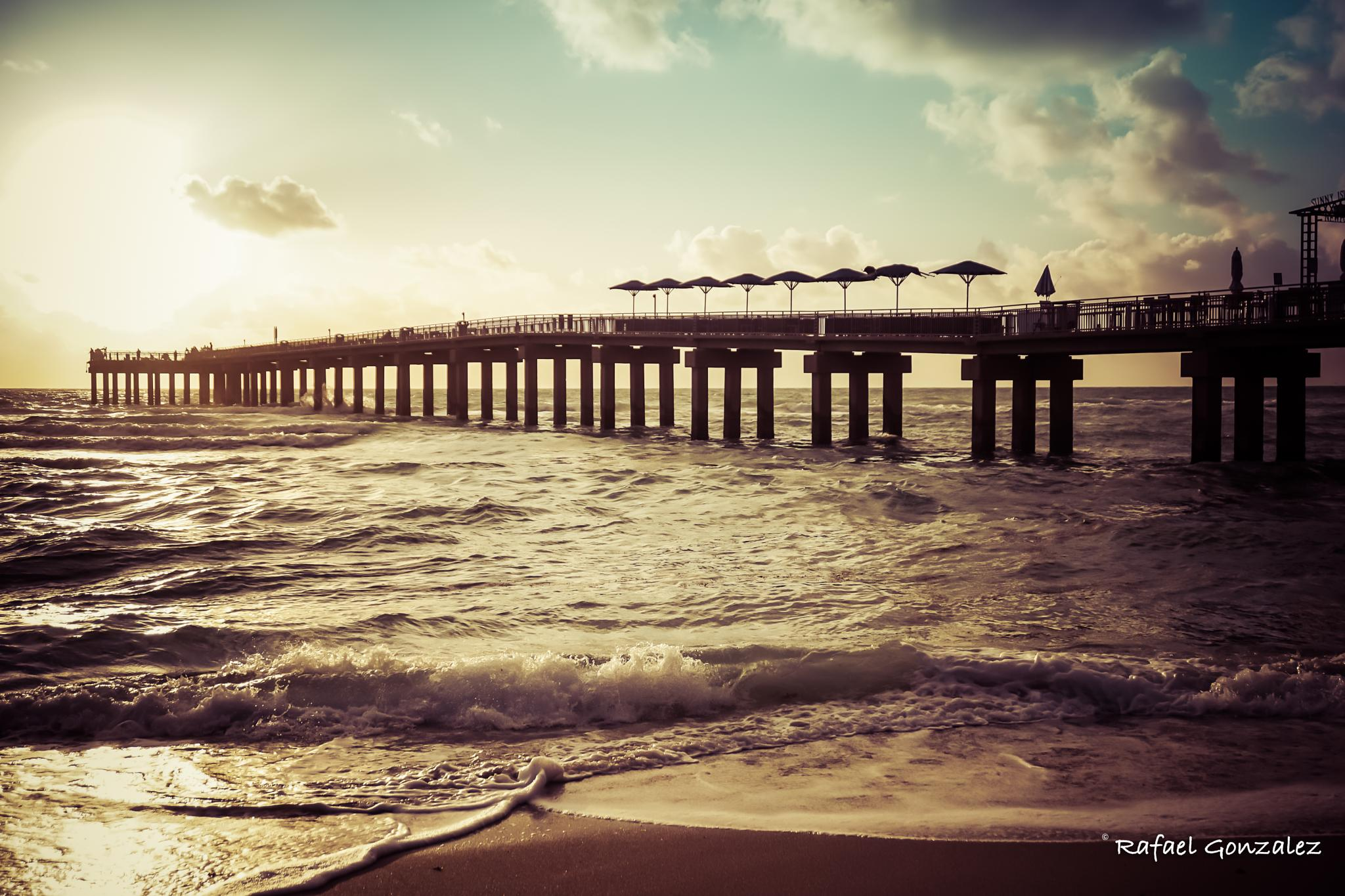 Early  Morning at the Pier by themagiclensphotography