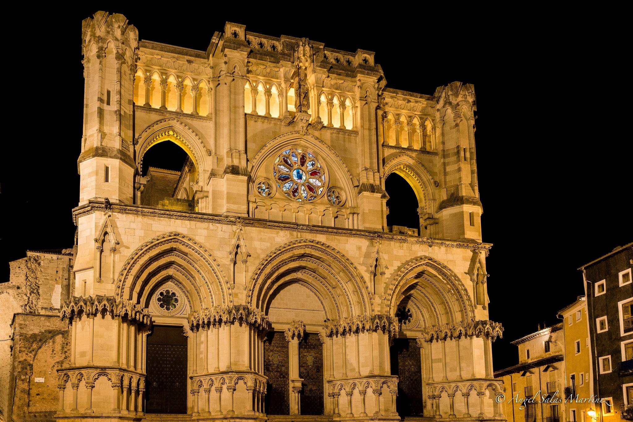 Catedral by Ángel Salas Martínez