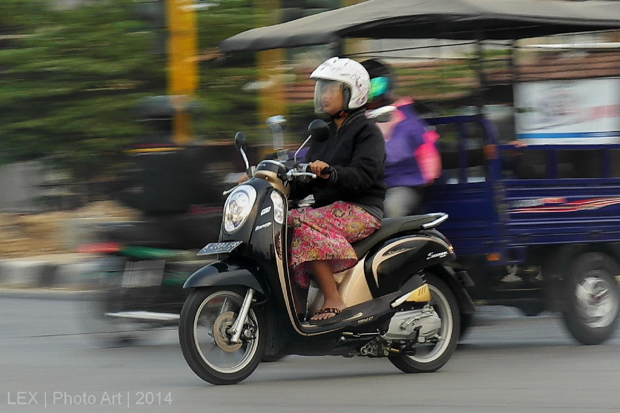 scoopy by Herman Adi