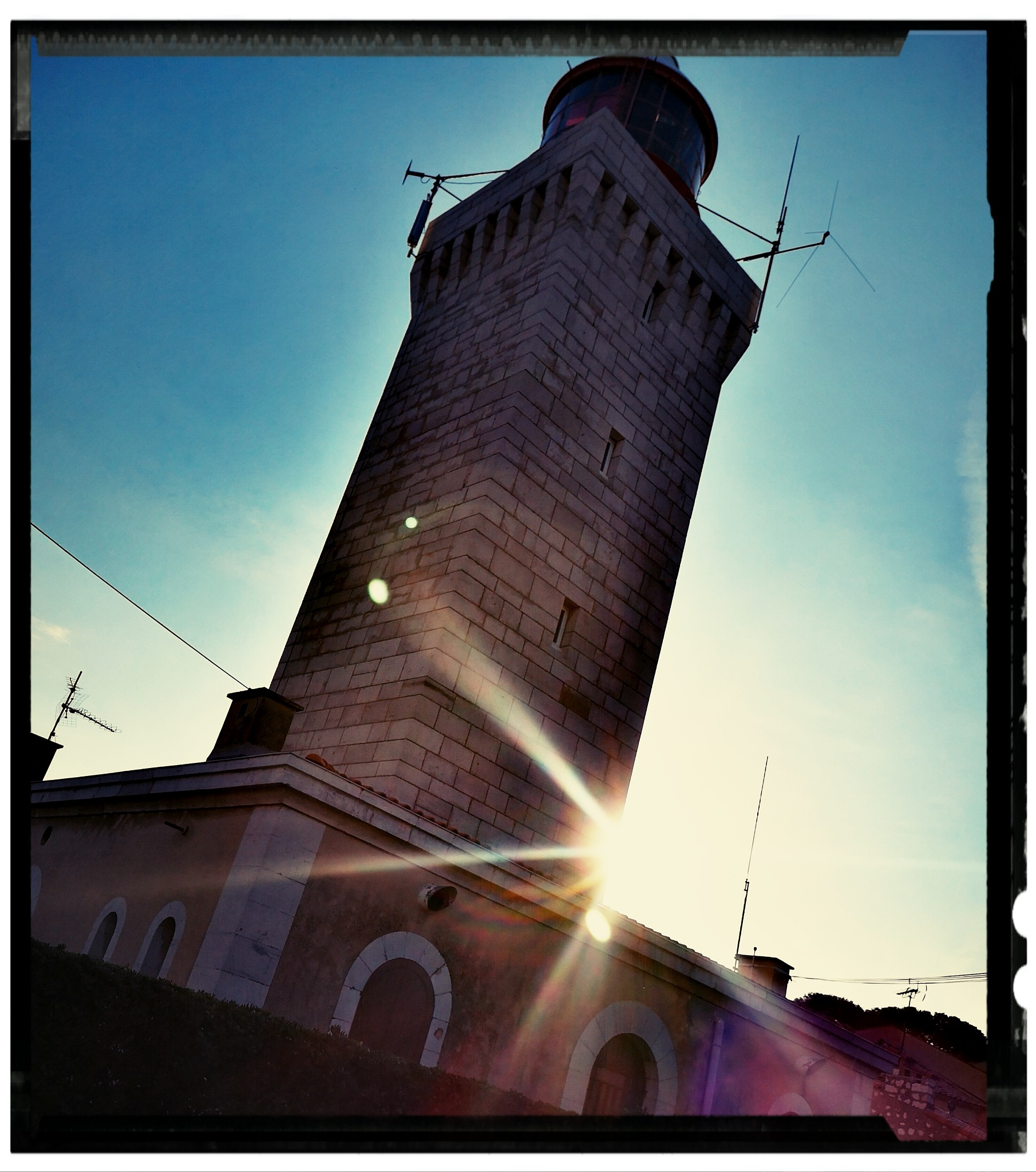 Le phare d Antibes  by albougeraldpaysage