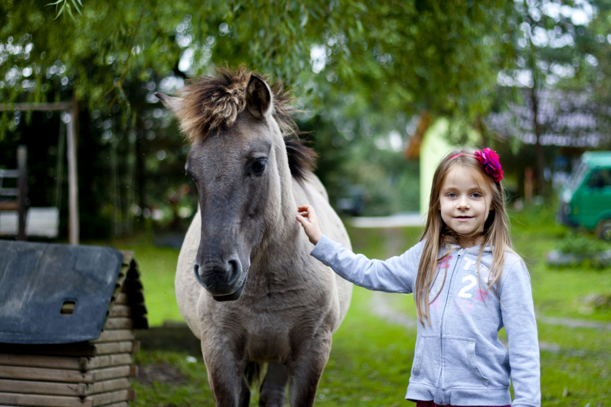 Girl with her pony. by hakpl80