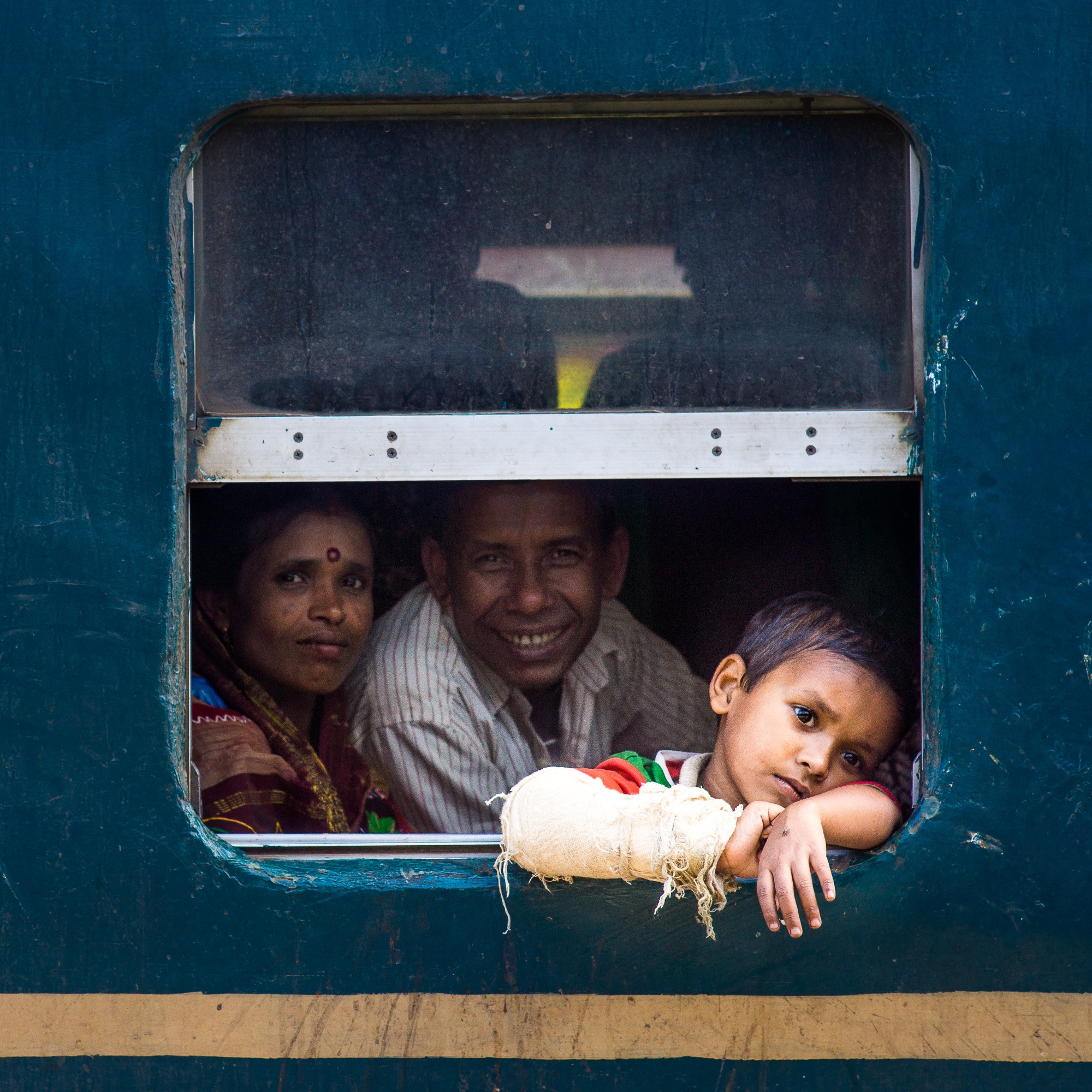 Photo in Street Photography #bangladesh #train #kids #family #street photography #sony #asia