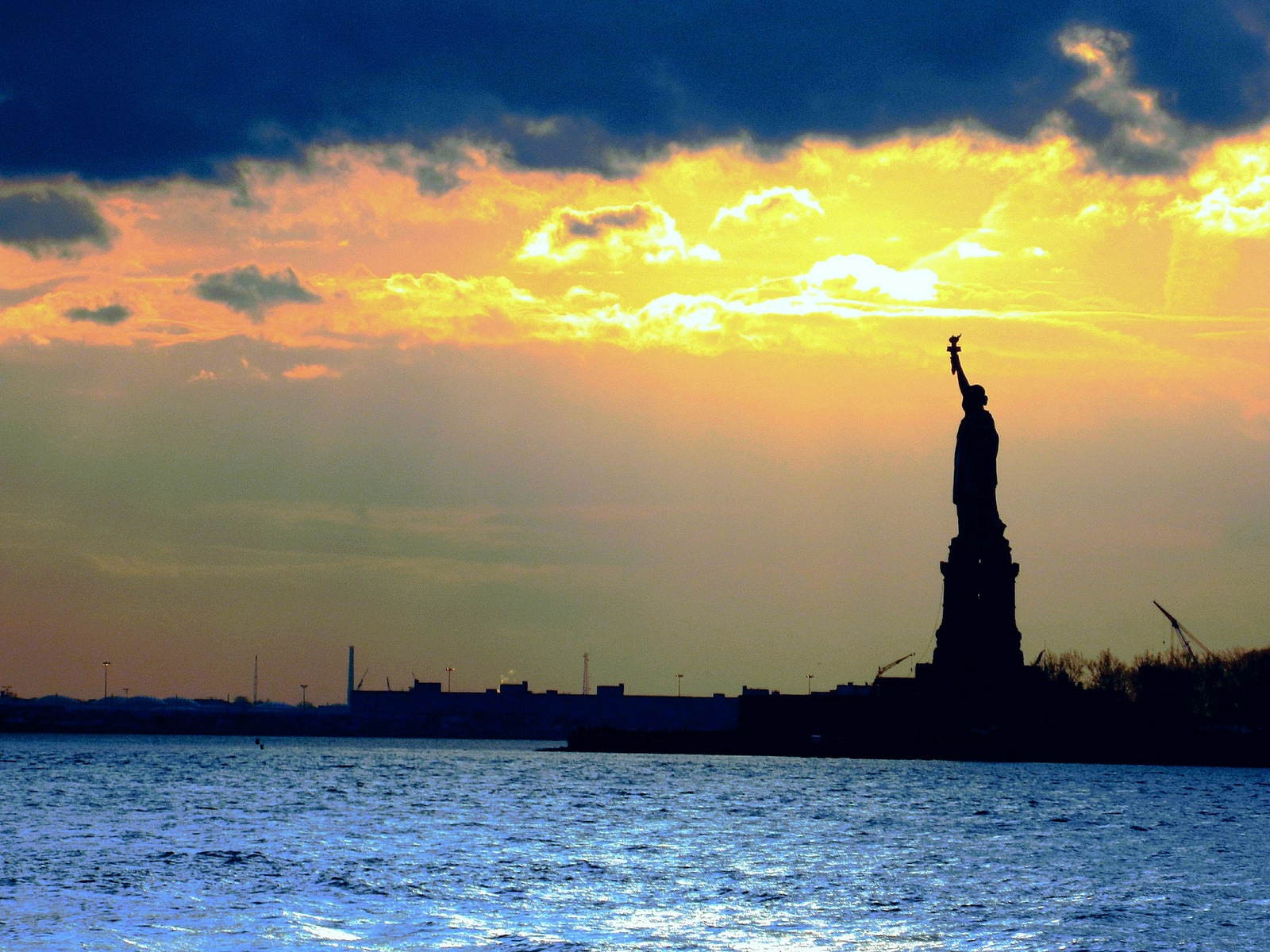 Statue of Liberty at Sunset by Frederico Domondon