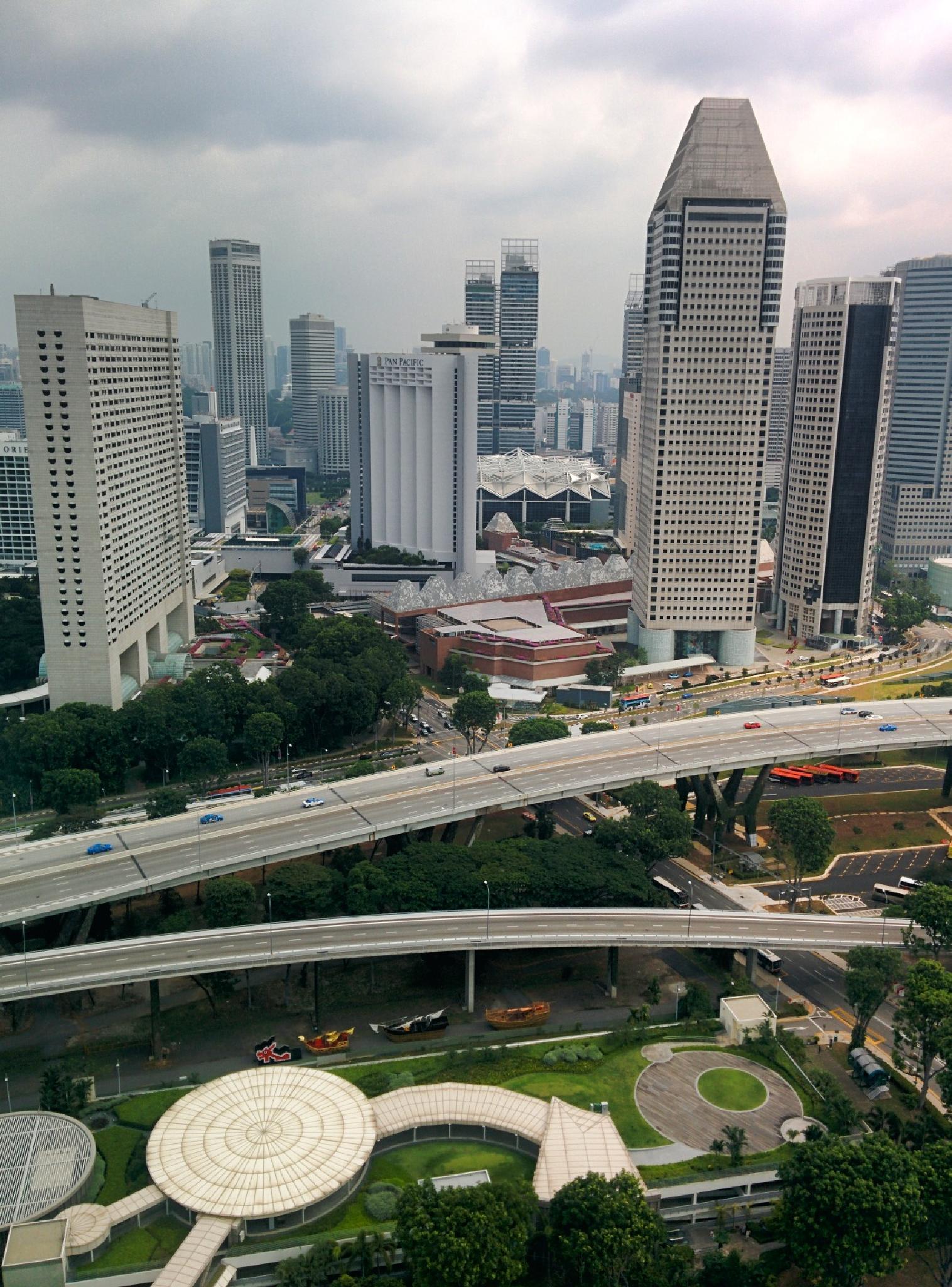 Singapore by Dhiraj Agrawal