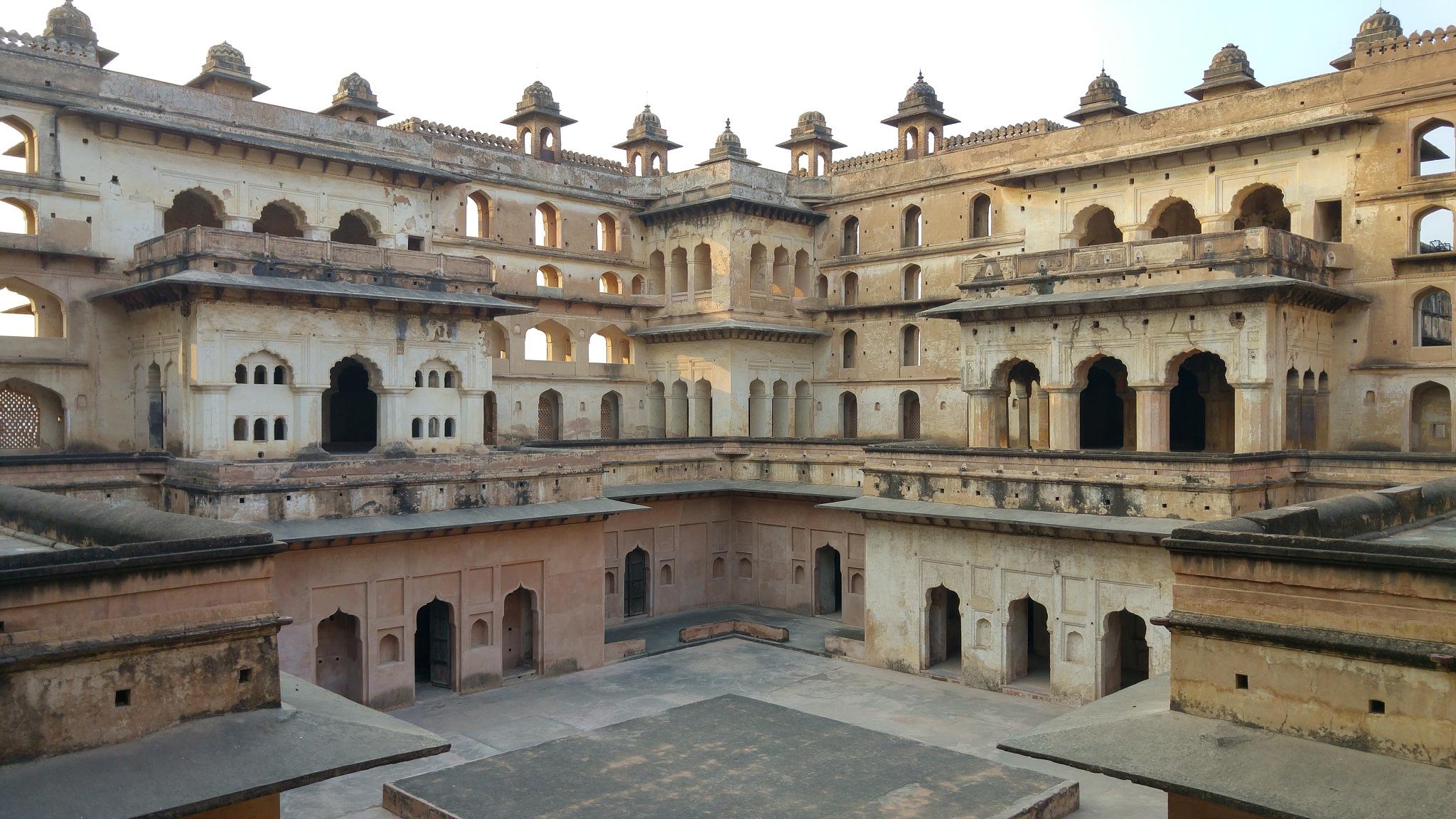 Photo in Architecture #mughal #india #orchha #architecture