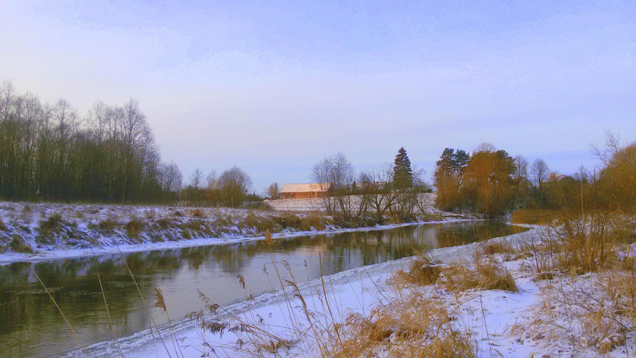 River in winter by Zita Užkuraitienė
