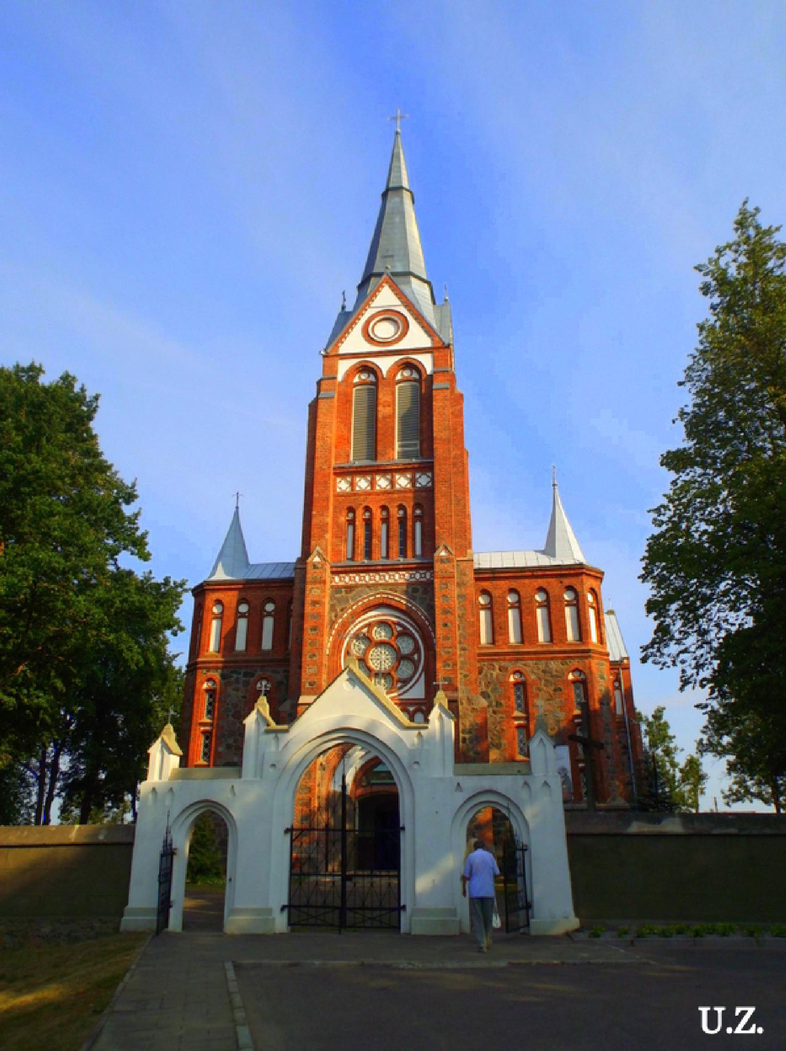 Church by Zita Užkuraitienė