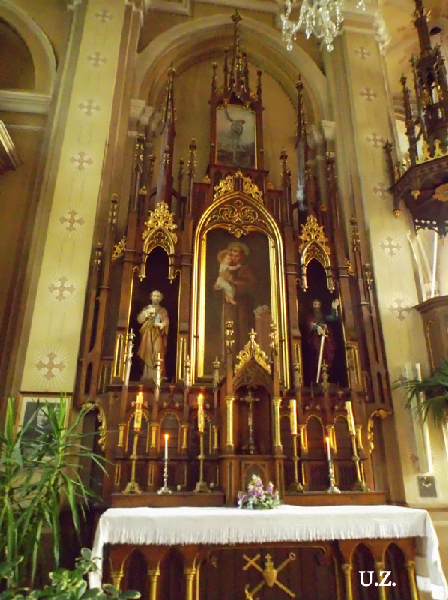 Altar by Zita Užkuraitienė