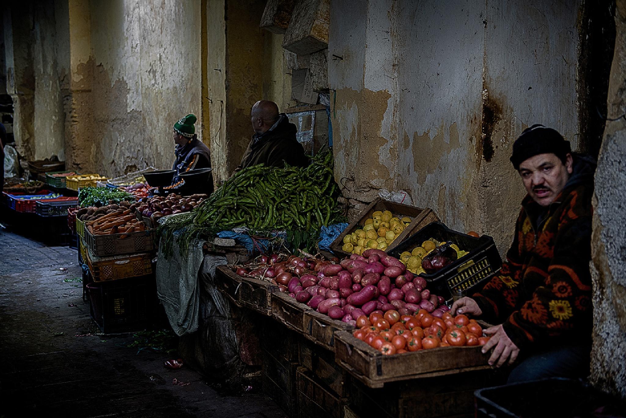 Bazaar in the old town ... by leventyavuz