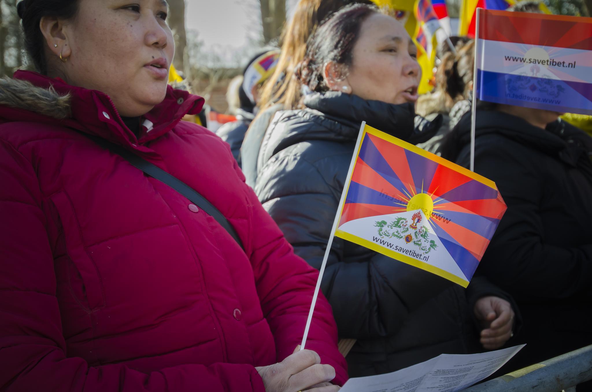 Tibetaans protest voor de deur van Chinese Ambassade by ricsas90