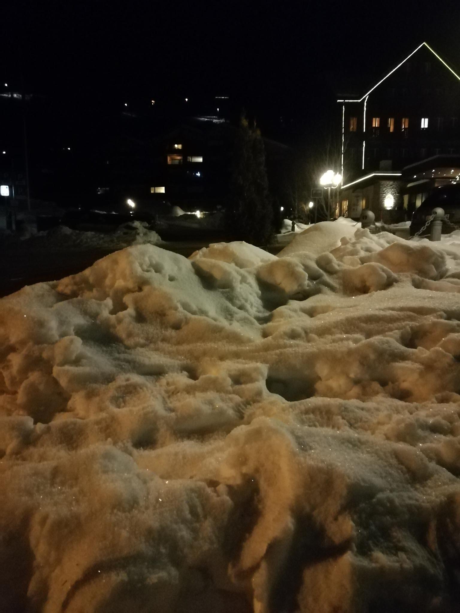 snowmountains...  ?!  by Natascha