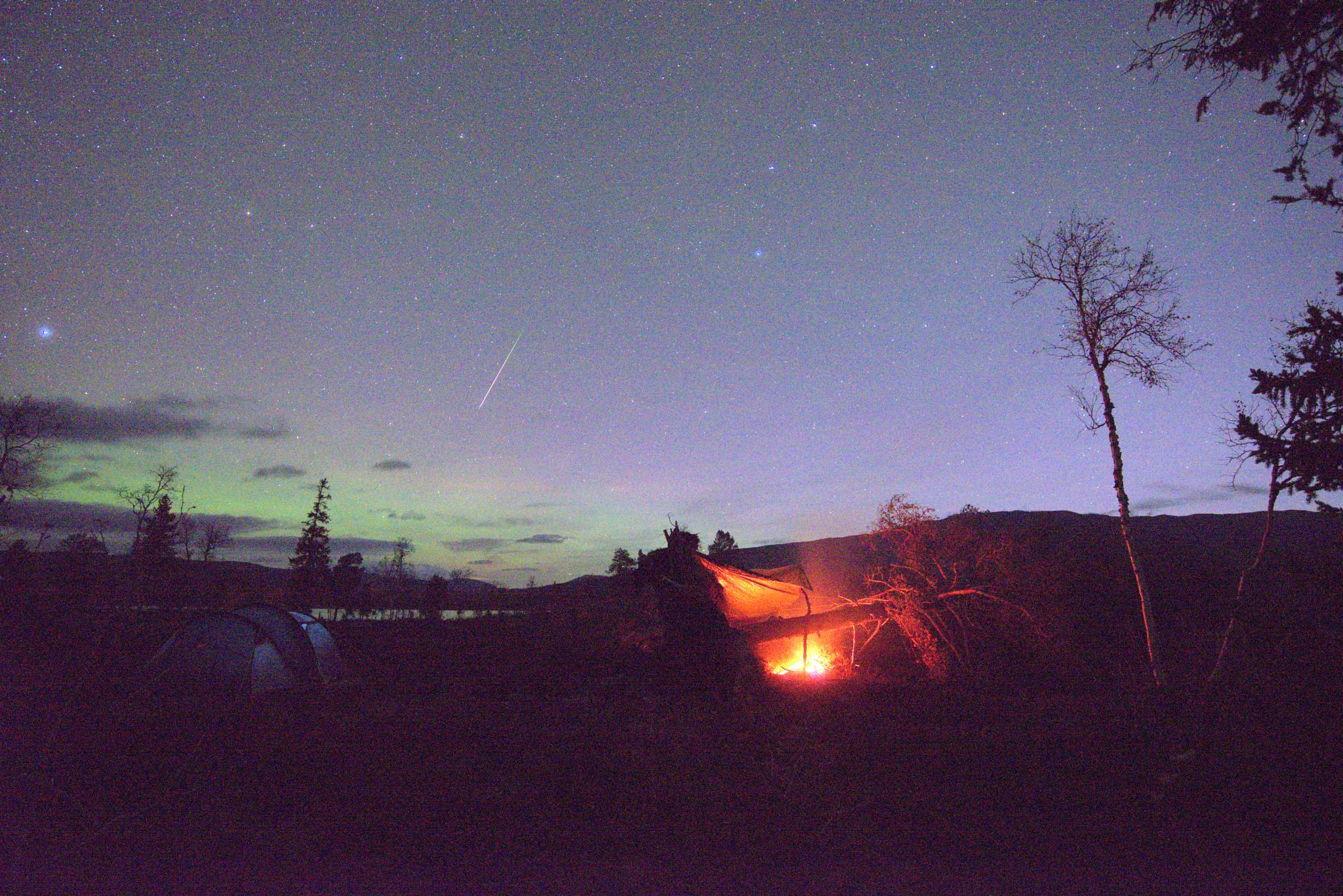 Campfire, northern light and a meteor! by E Pedersen