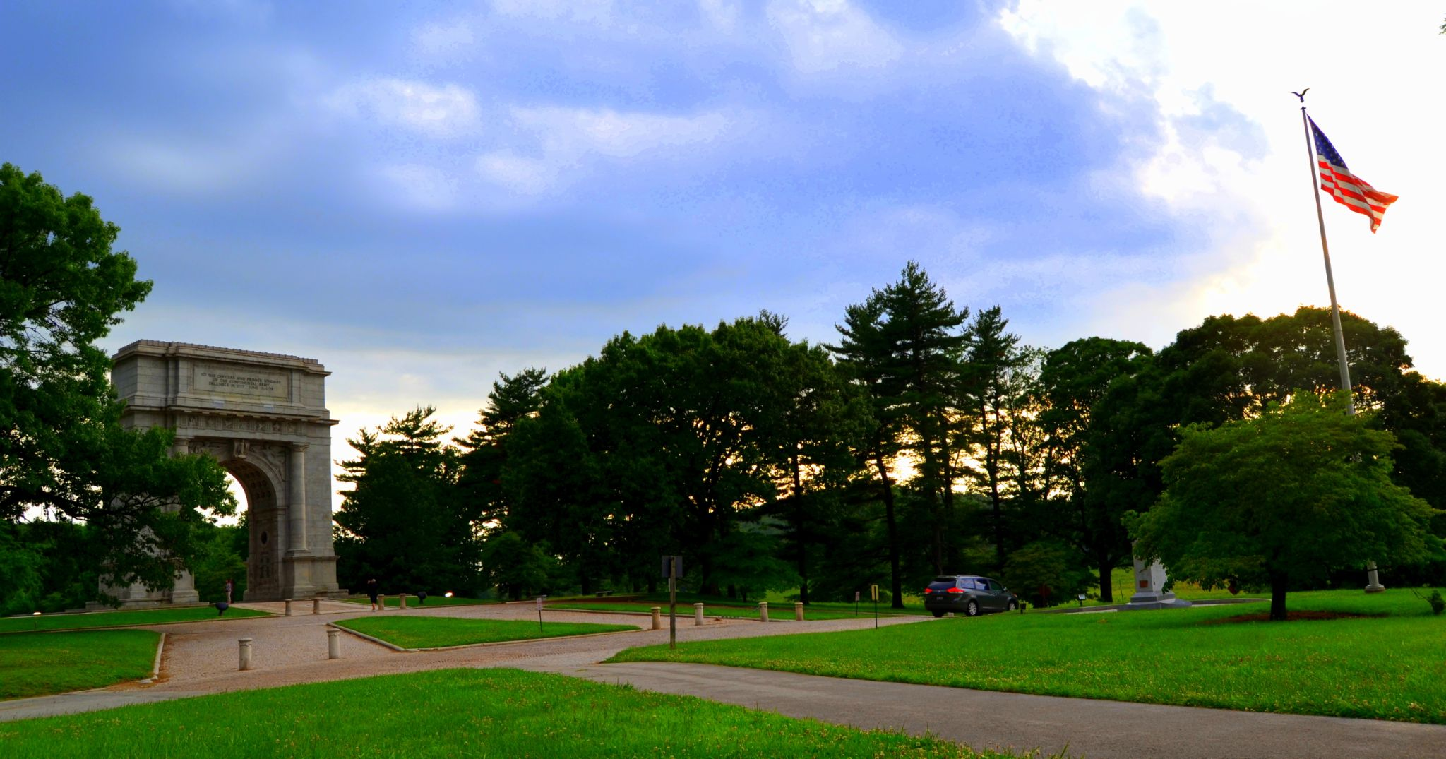 beautiful evening in Valley Forge National Historic Park by manrahul