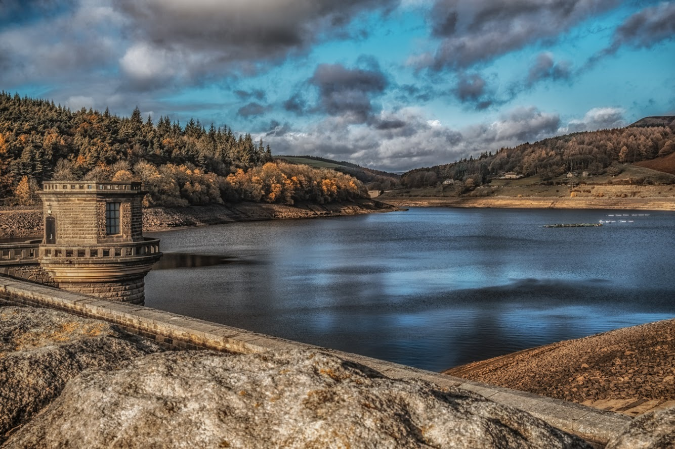 Ladybower Reservoir  by Jackie Gillman