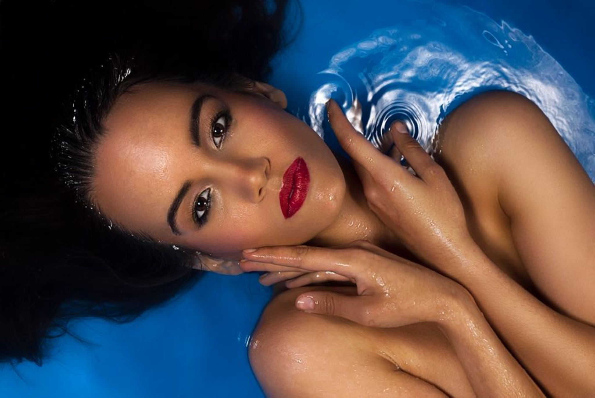 water beauty by Zoltan Photographr