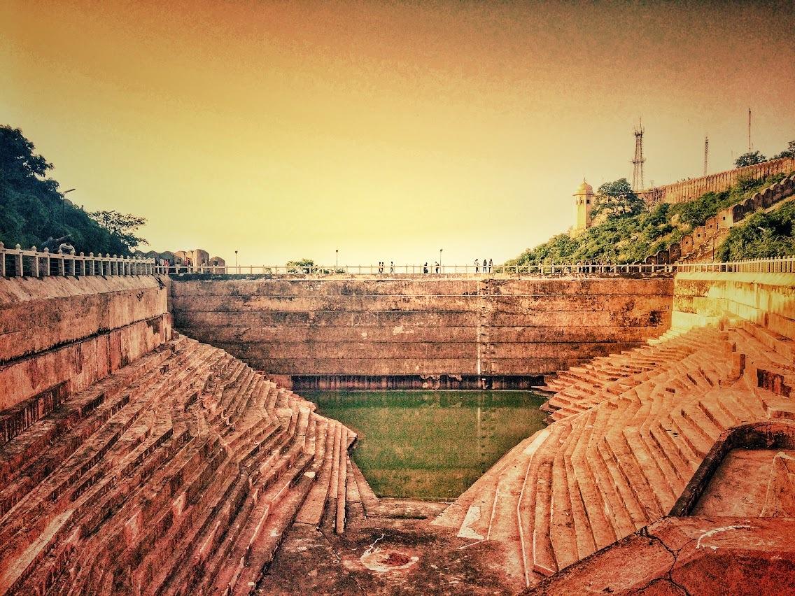 The Royal Bawri by Nishant Gupta (Mystified Rambler)