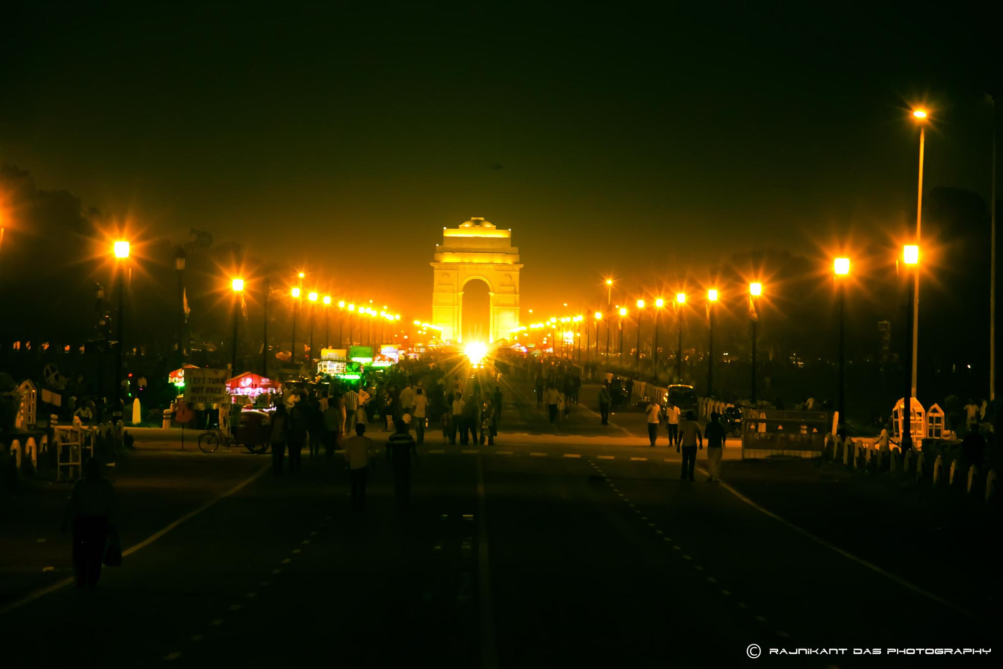 India Gate by Rajnikant Das