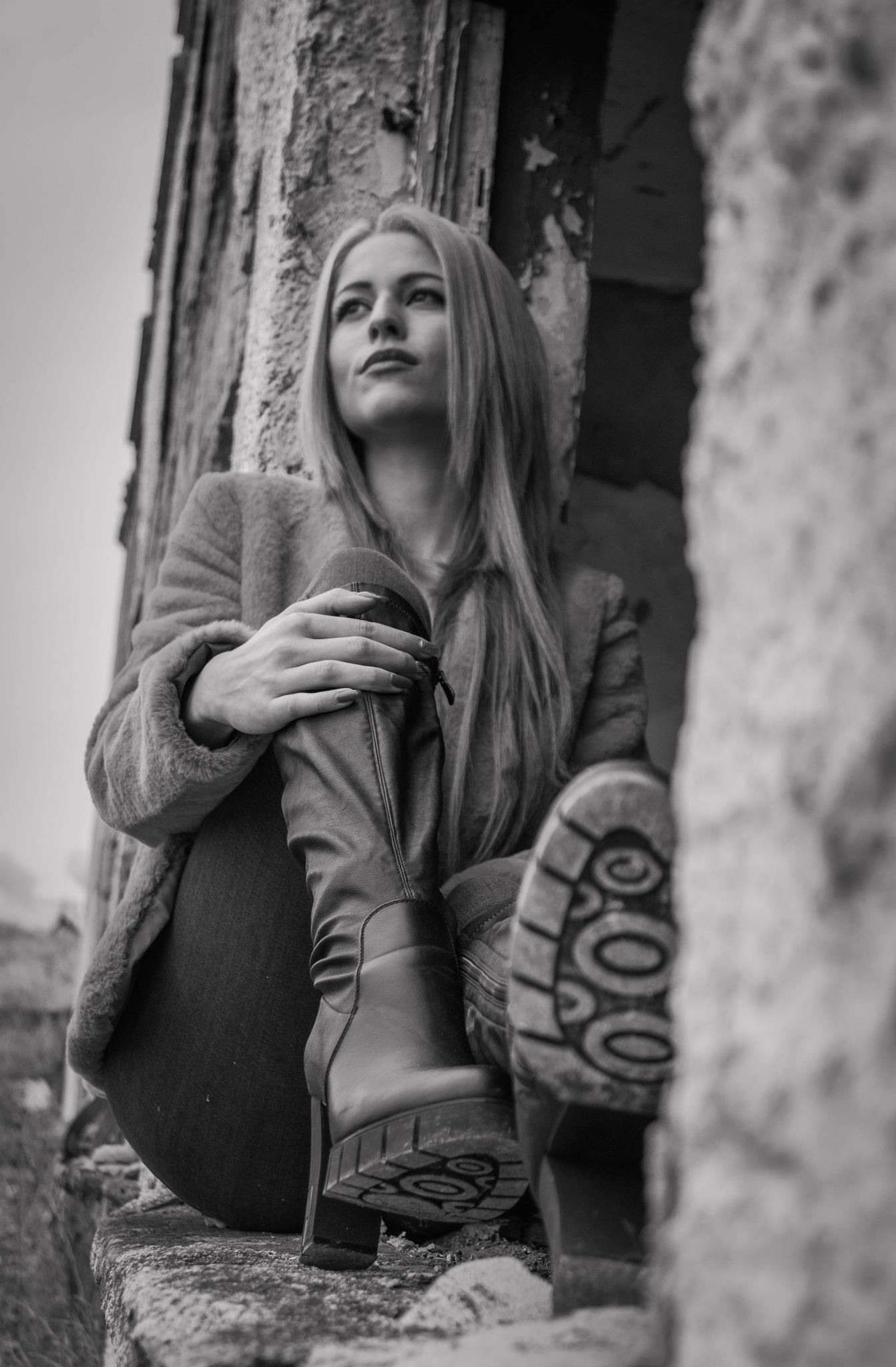 Photo in Portrait #b&w #blackandwhite #girl #model #woman #female #building #photogprahy #photo #outdoor