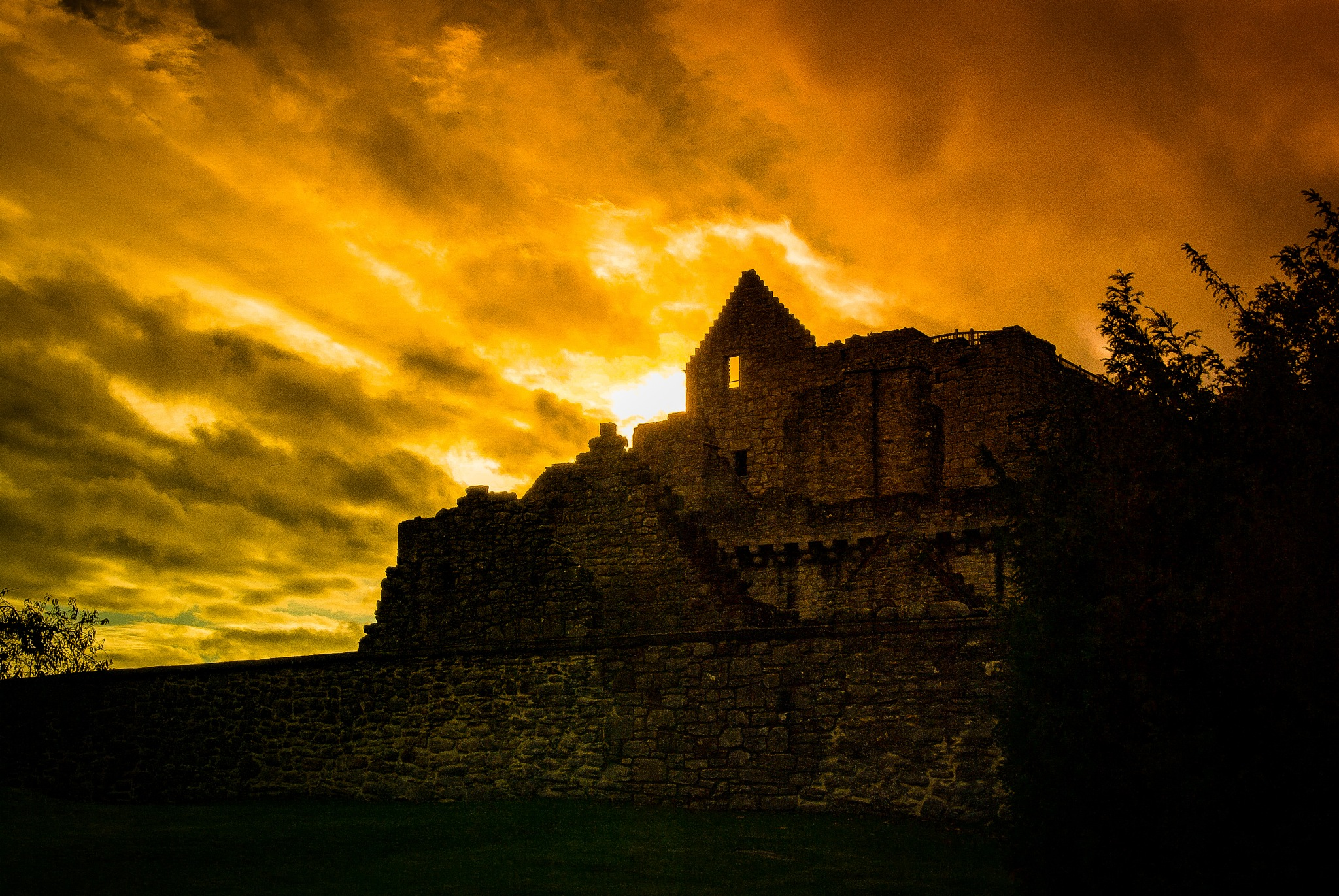 Photo in Architecture #scotland #exploring #history #castle #outlaw king