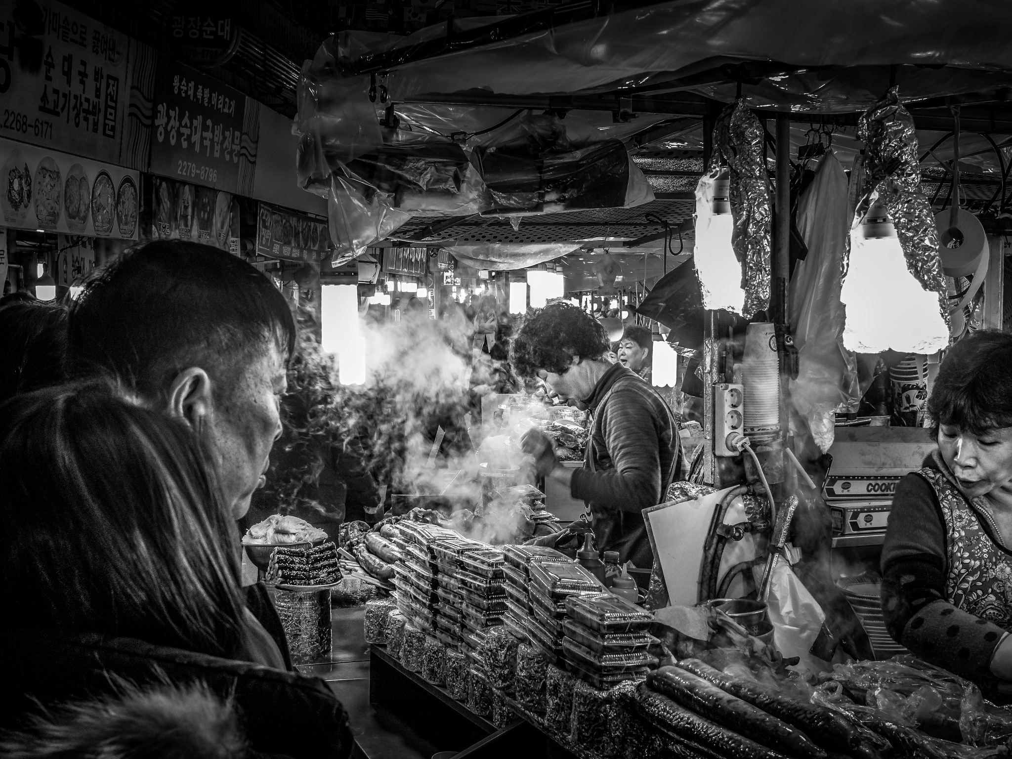 Photo in People #black and white #b&w #foodmarket #food #seoul #south korea #lunch #cookshop #travelphotography #city #metropolis #asia #fareast