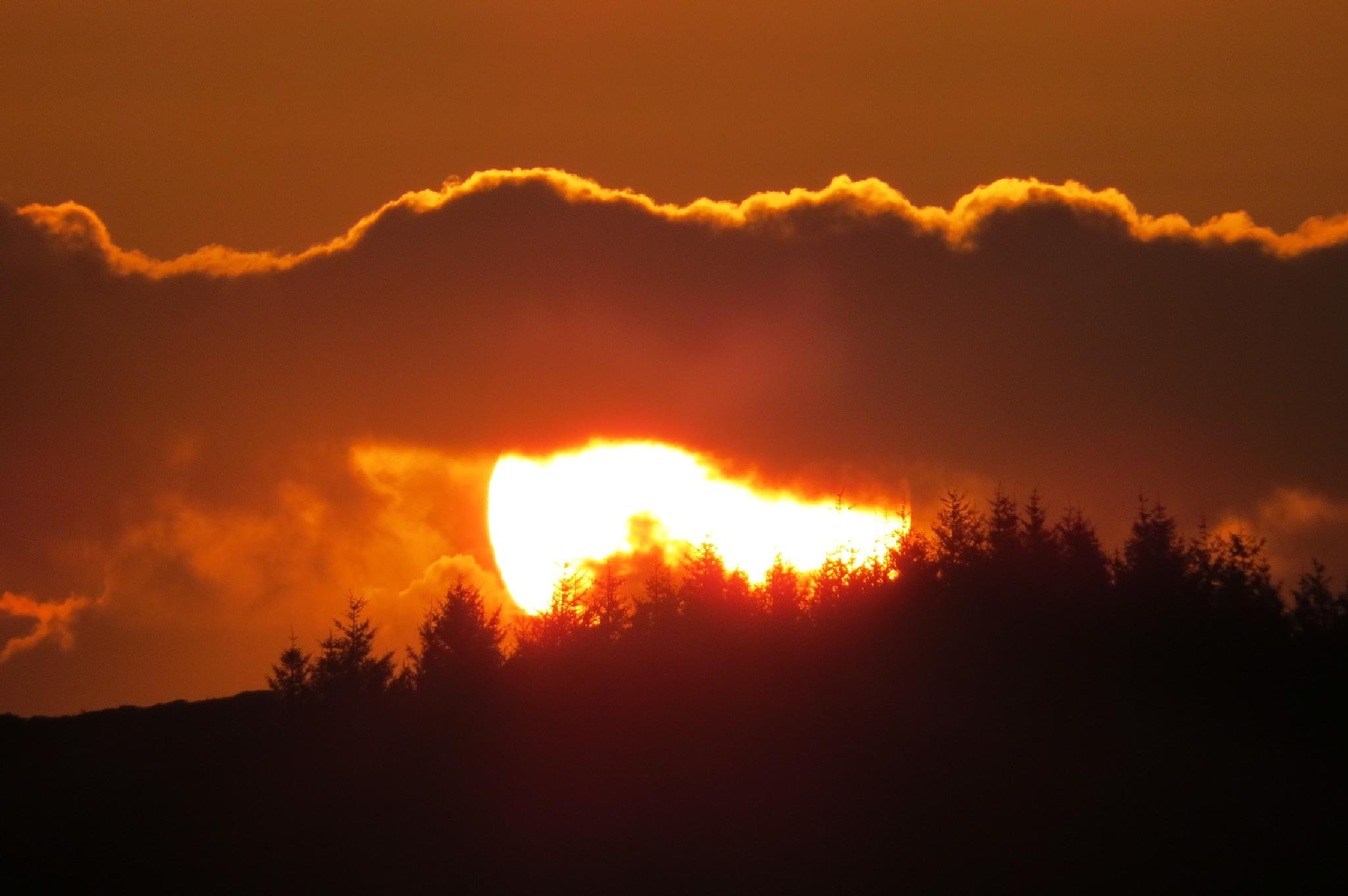 Sunset Baløy by Thor Dullum