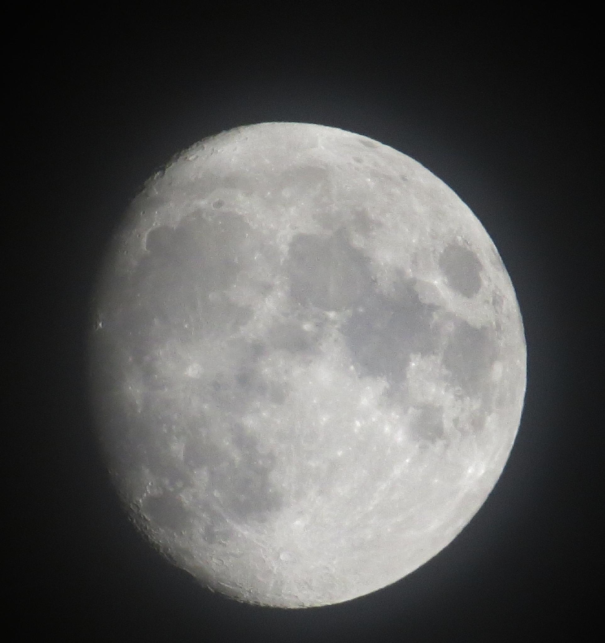 Winter moon by Thor Dullum