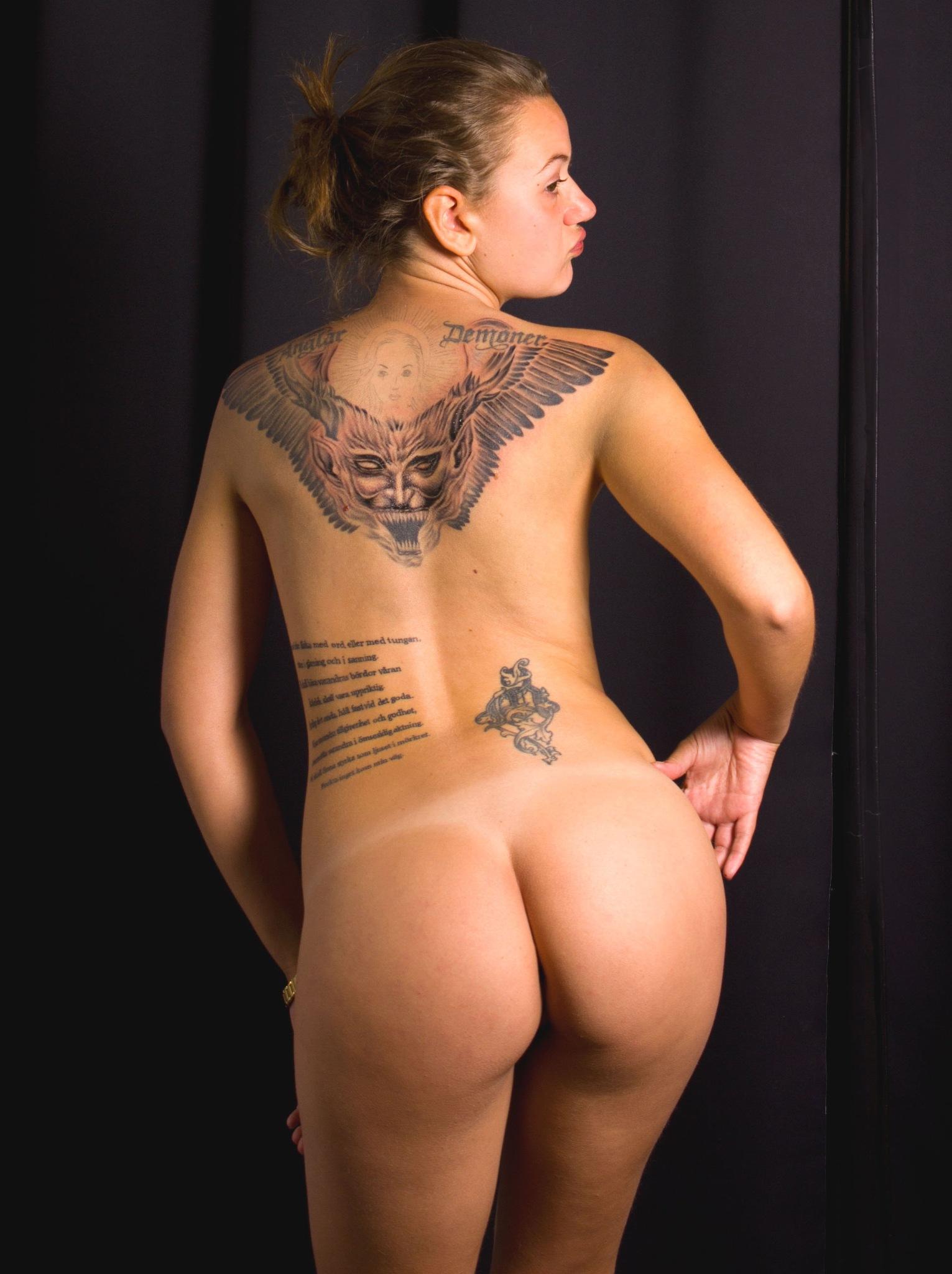 Tattooed Girl by Swe Bodyart