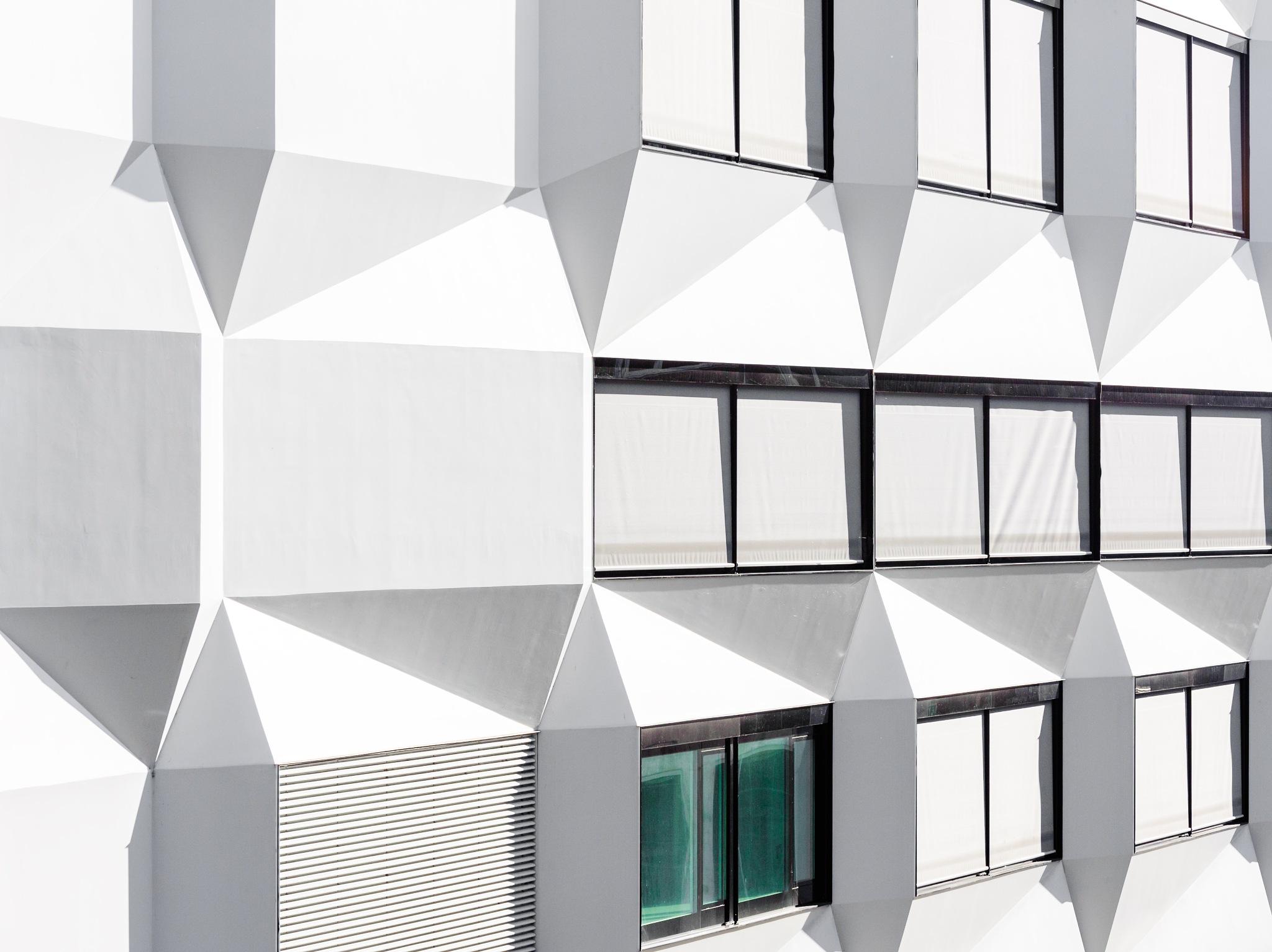 PH Luzern by Roland Bucheli
