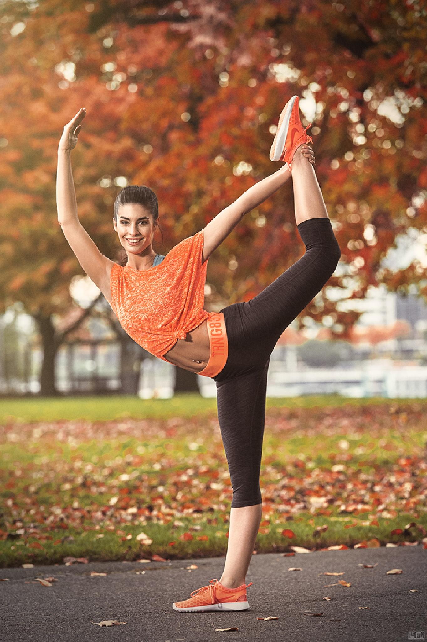 Gymnastics Outdoors - I by LeFu