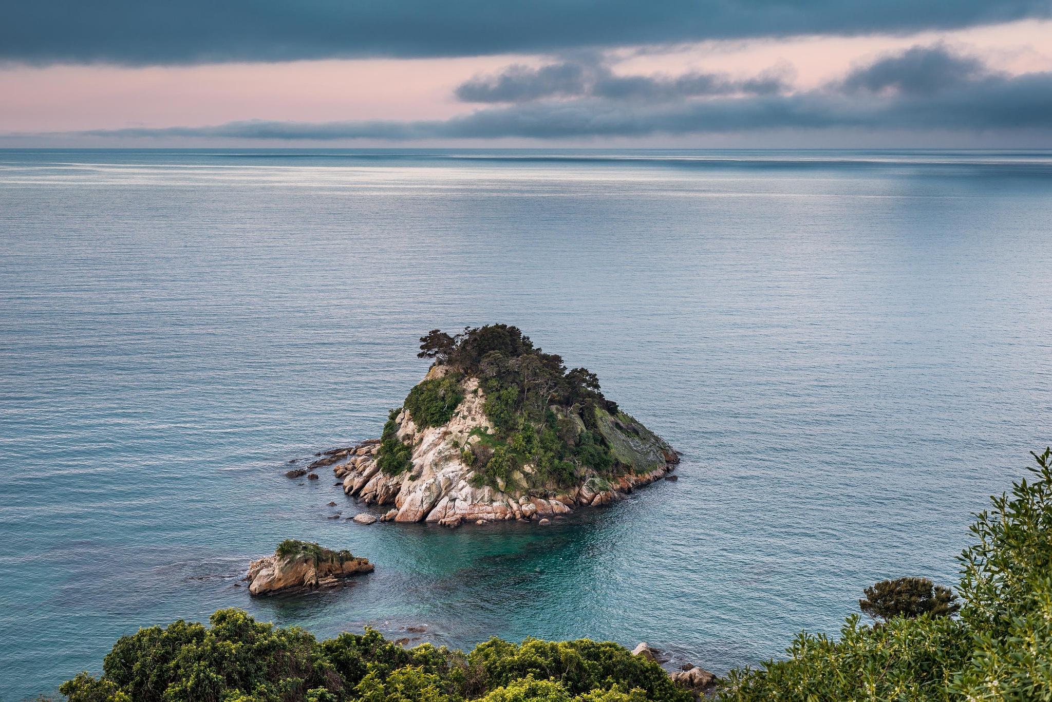 Torlesse Island by Oliver Weber