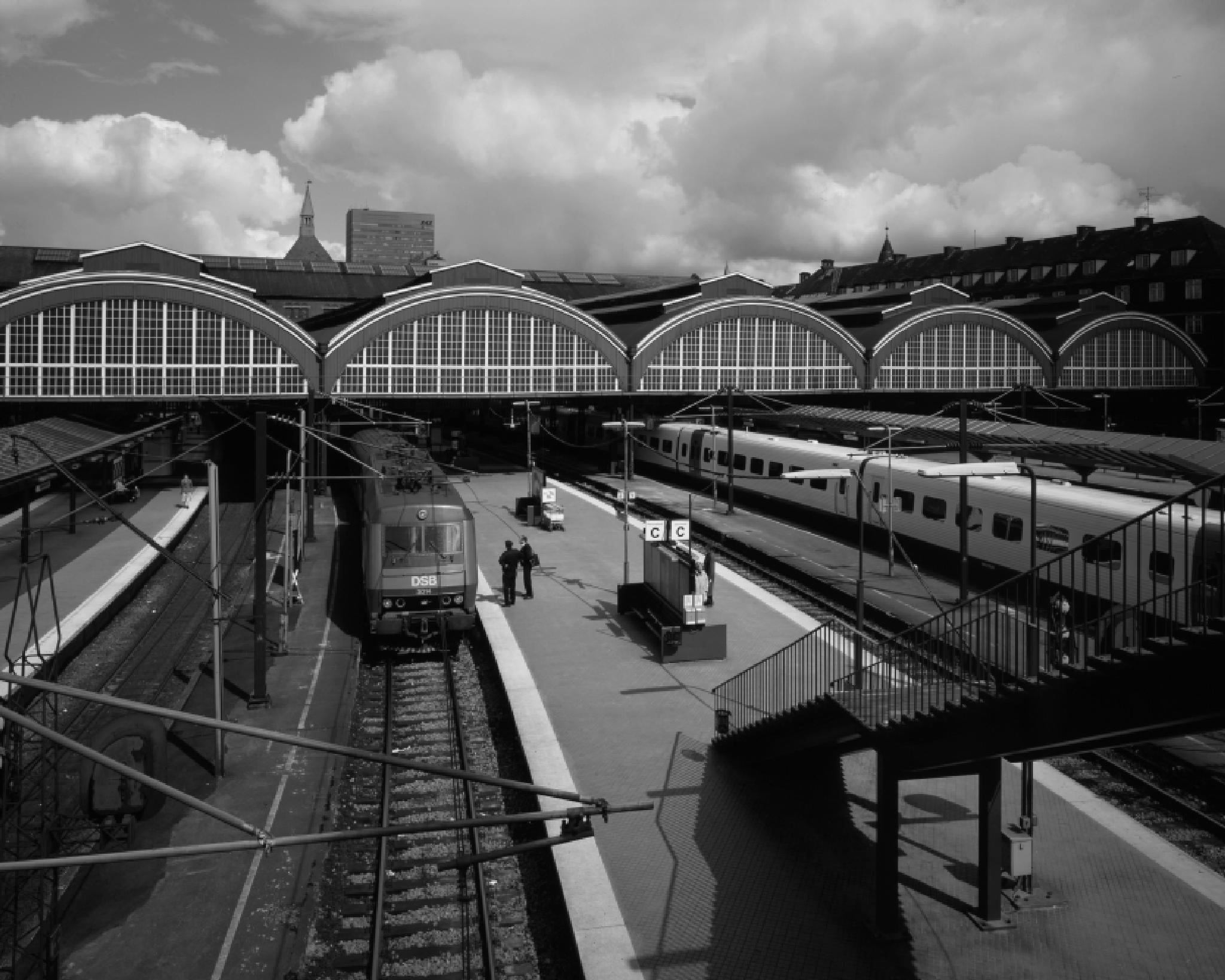 Rail way Station by Masaharu Uemura