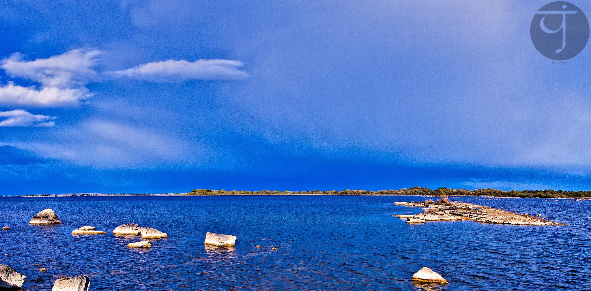 Loch Coirib by TJ.Photography