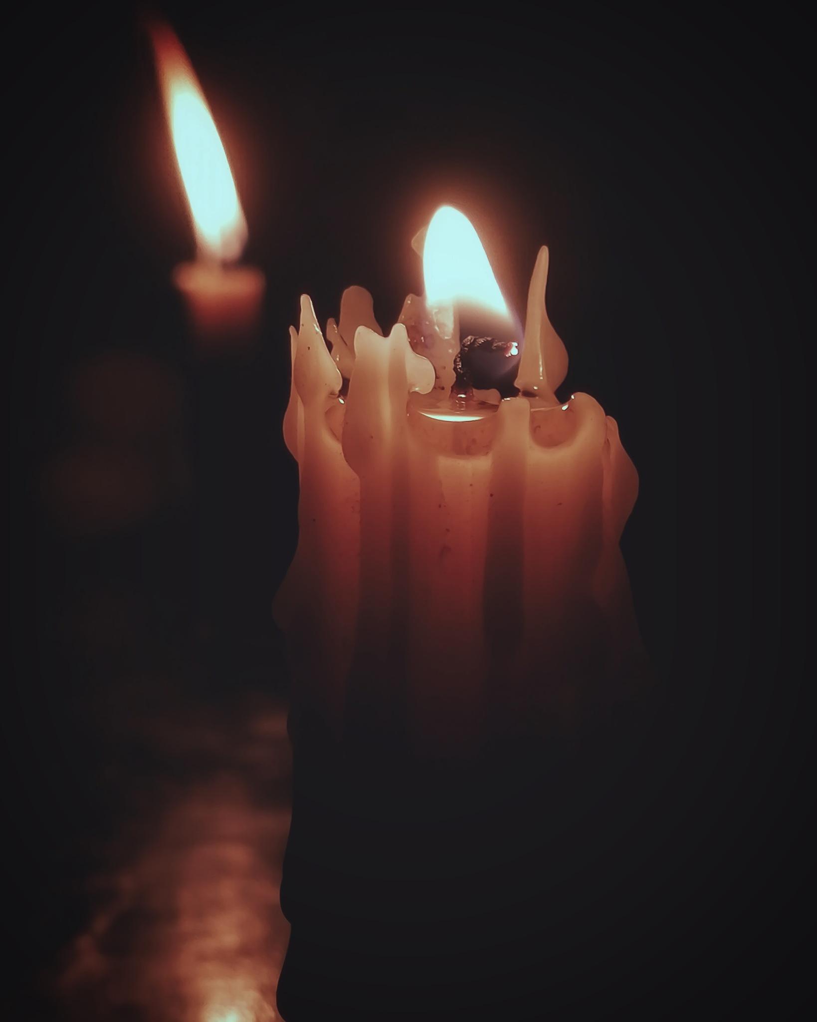 Candle  by pahariharan440