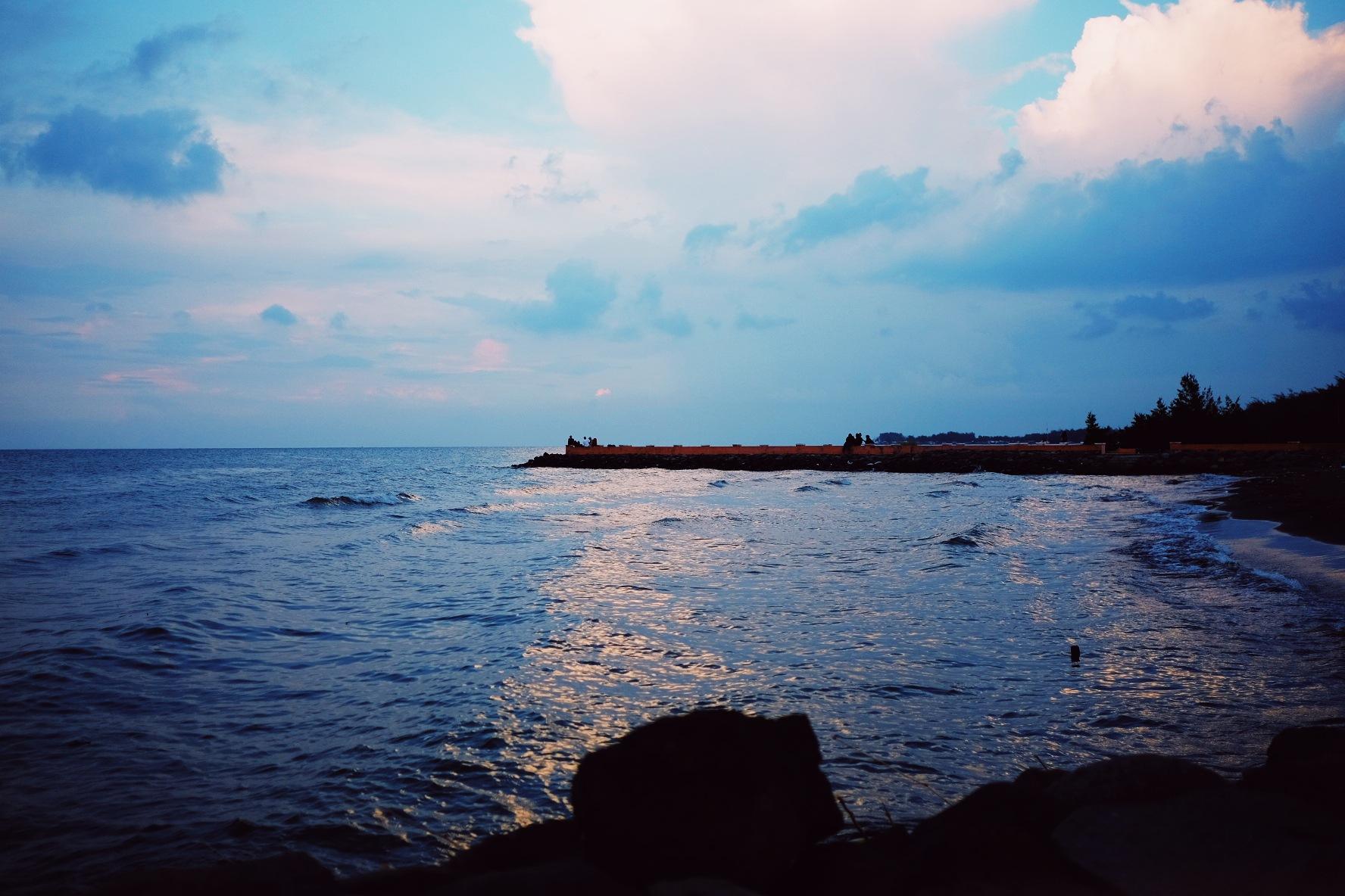 Alam Indah Beach by Sibawaih