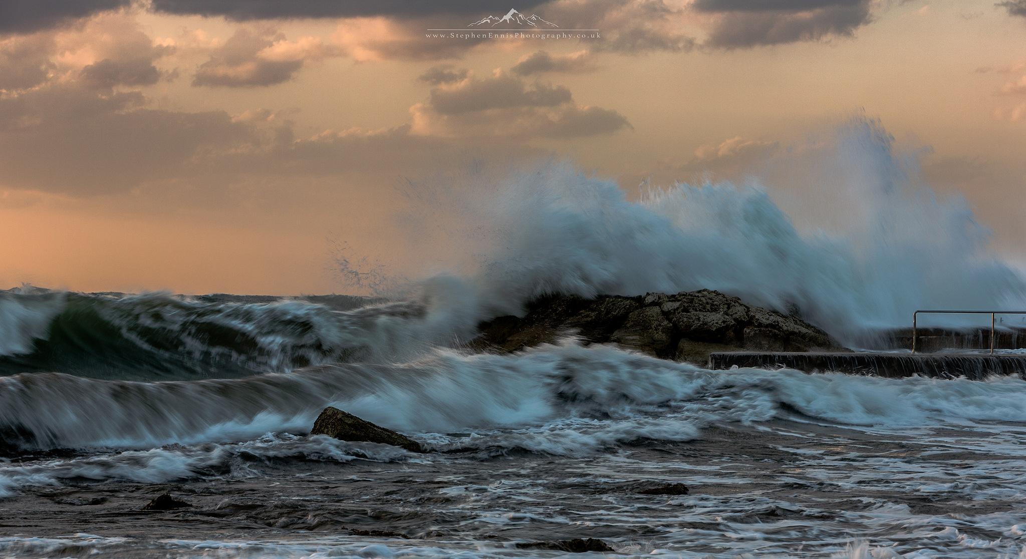 Crashing Waves by Stephen Ennis Photography