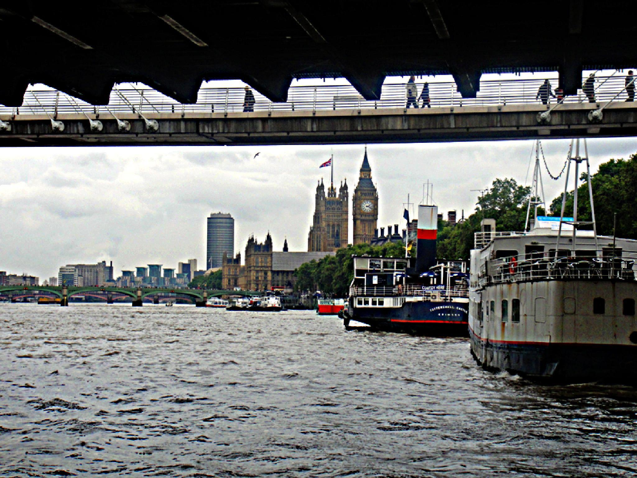 London alternative view by apoevans