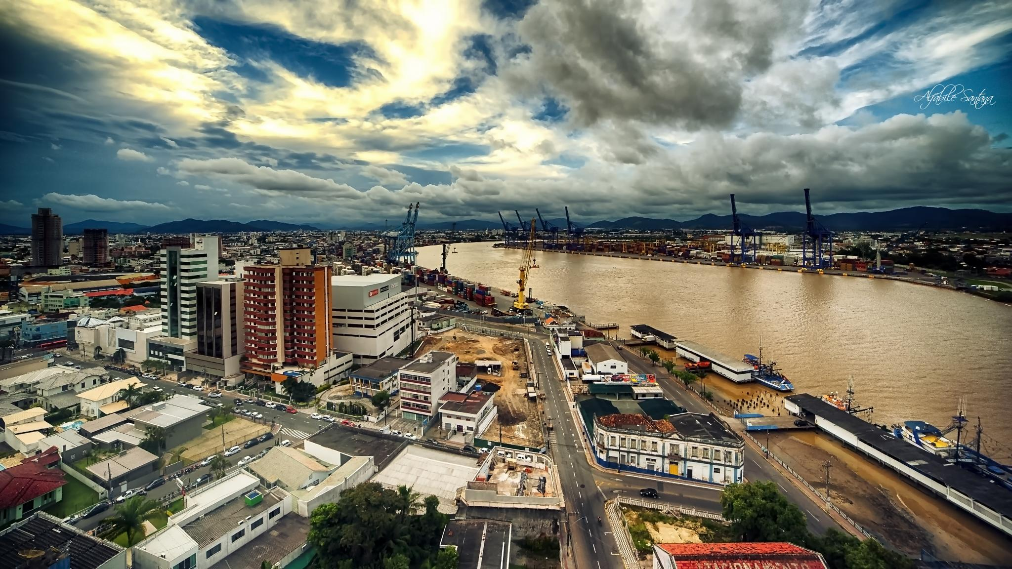 The Itajaí and Navegantes cities by Alfabile