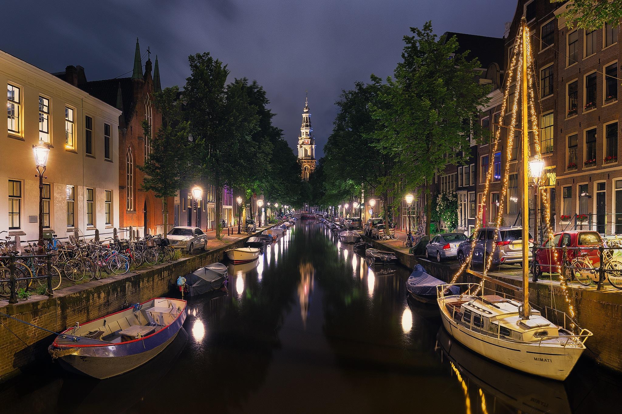 Amsterdam At Night by Tomaž Klemenšak