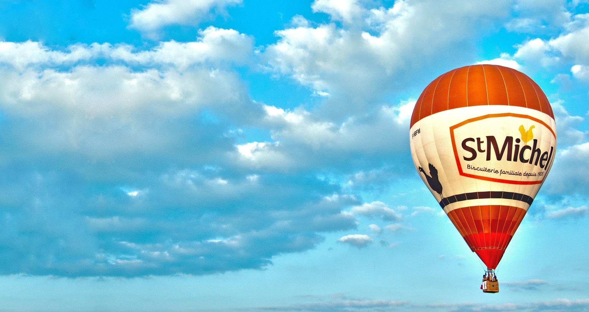 Hot air balloon by Josip Kos