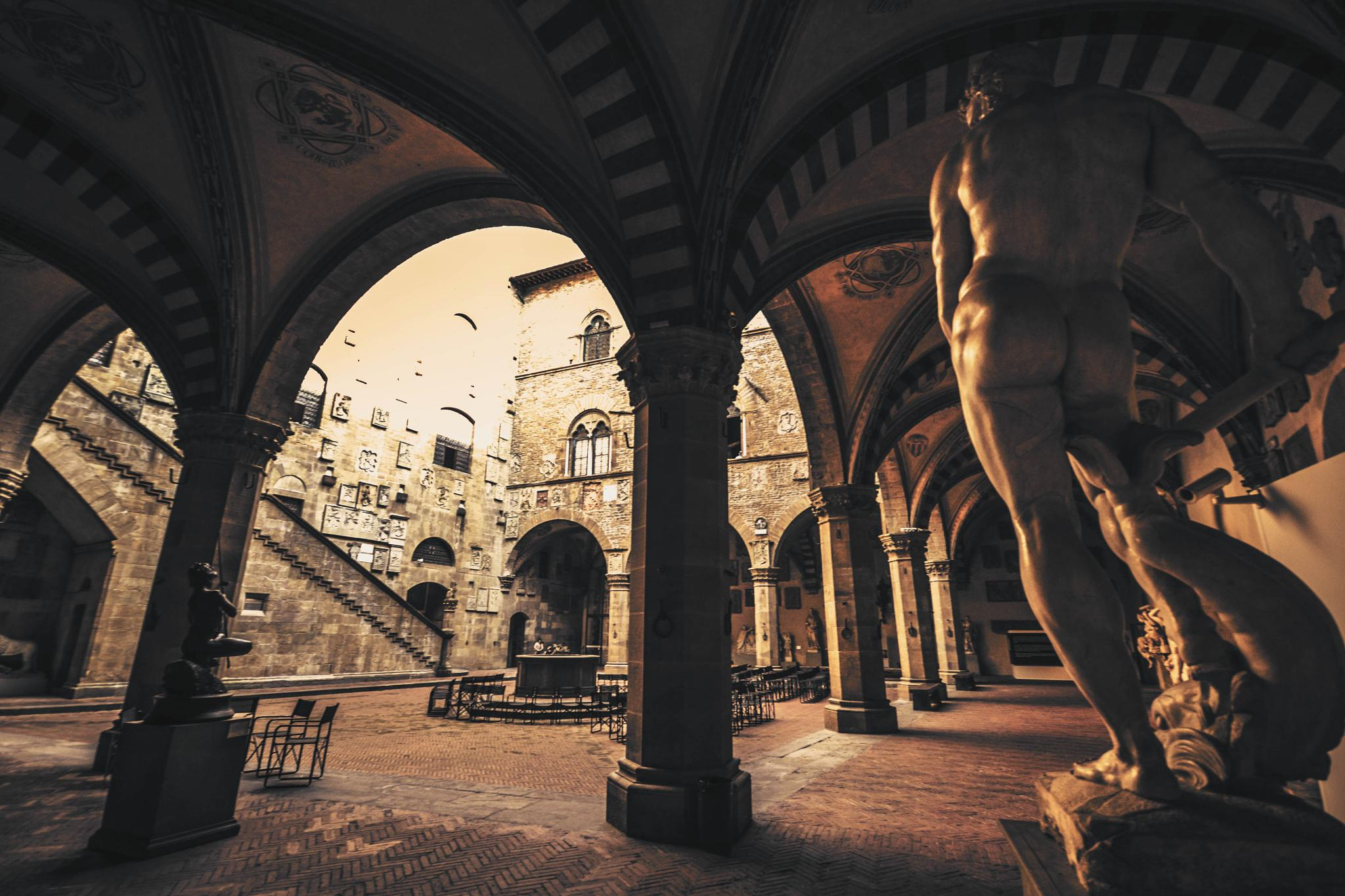 Museo Bargello, Florencia. by Curro Medina