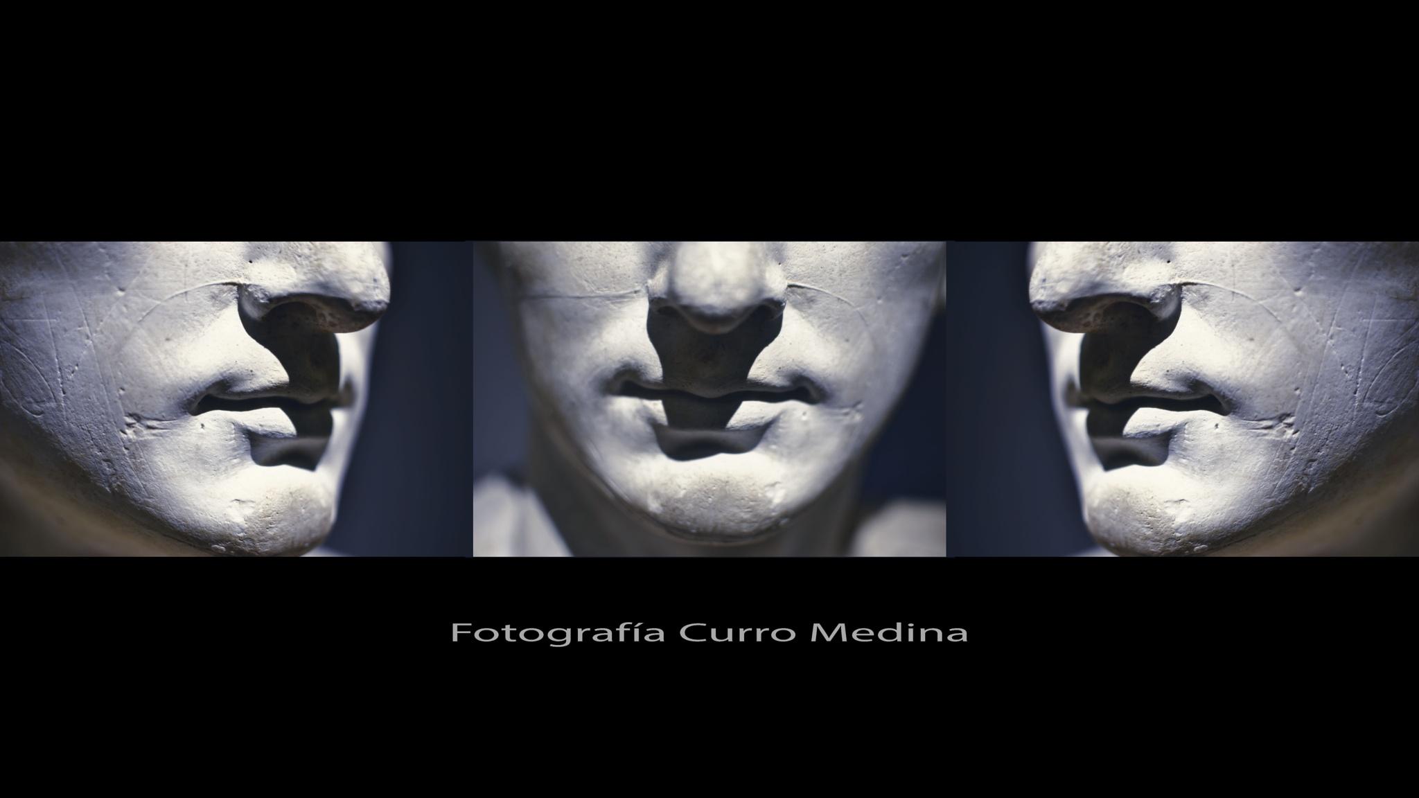 Yesos by Curro Medina