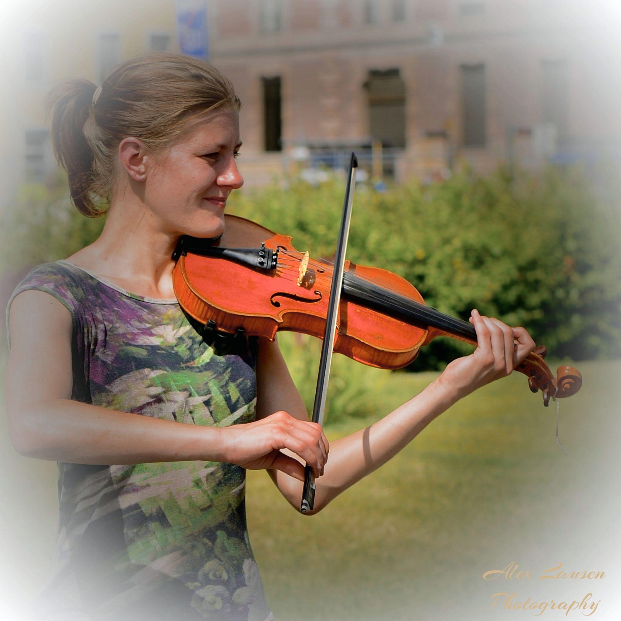 """ The Violinist "" by Alex Lausen"