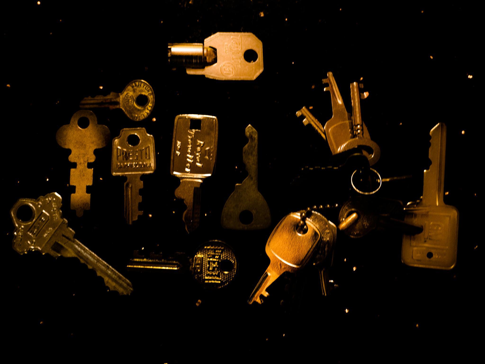Dad;s Keys by Leann