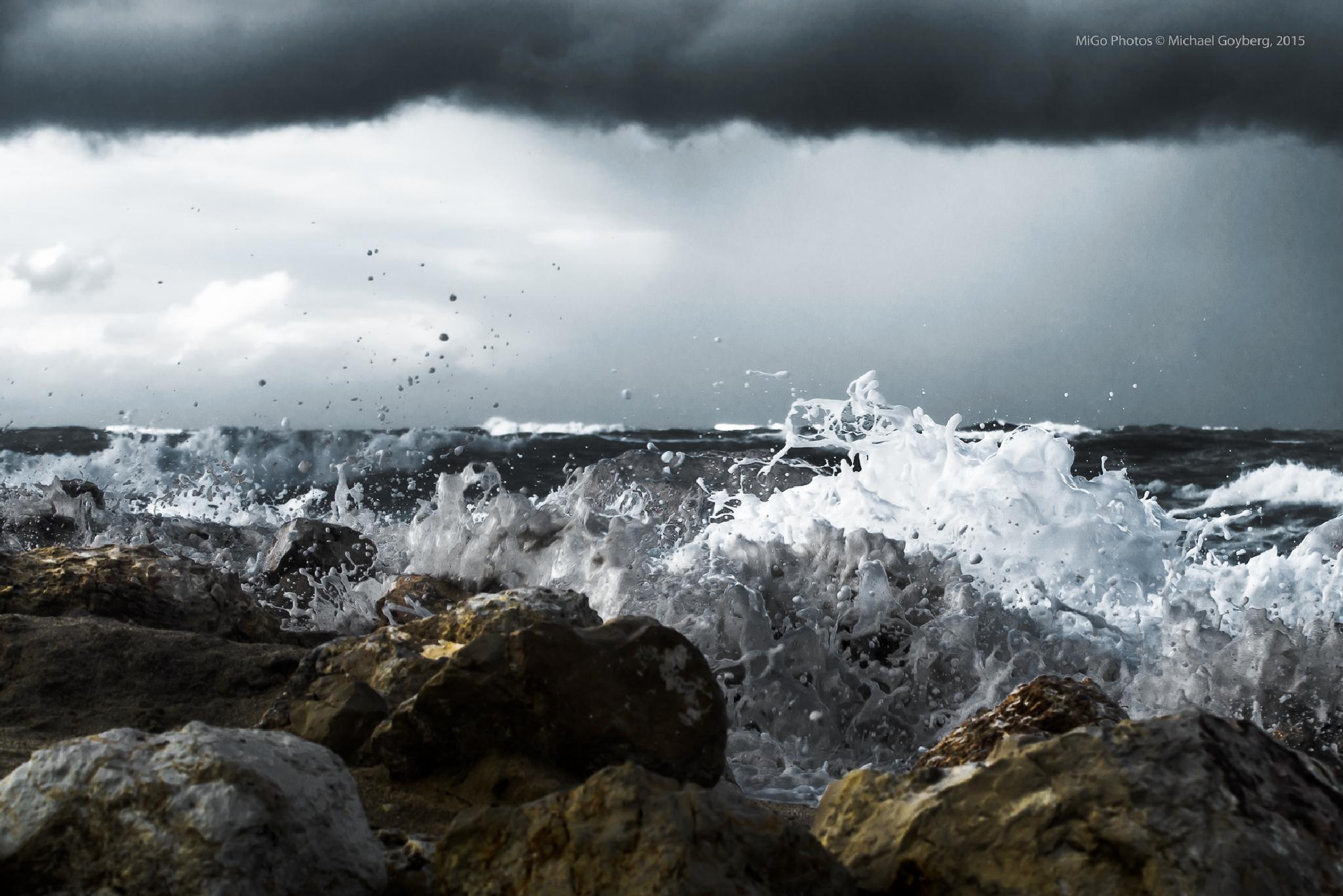 The strength of the Sea by Michael Goyberg