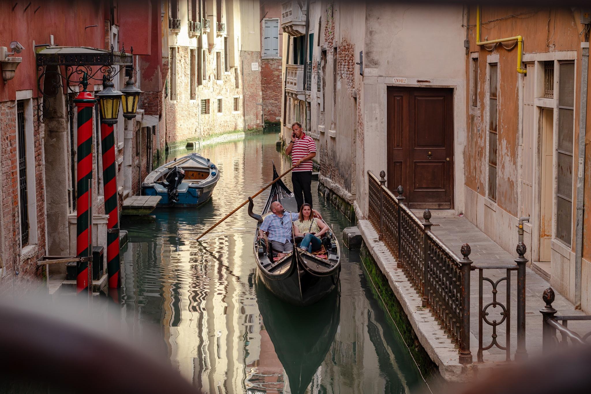 Gondola ride  by aliensfashion