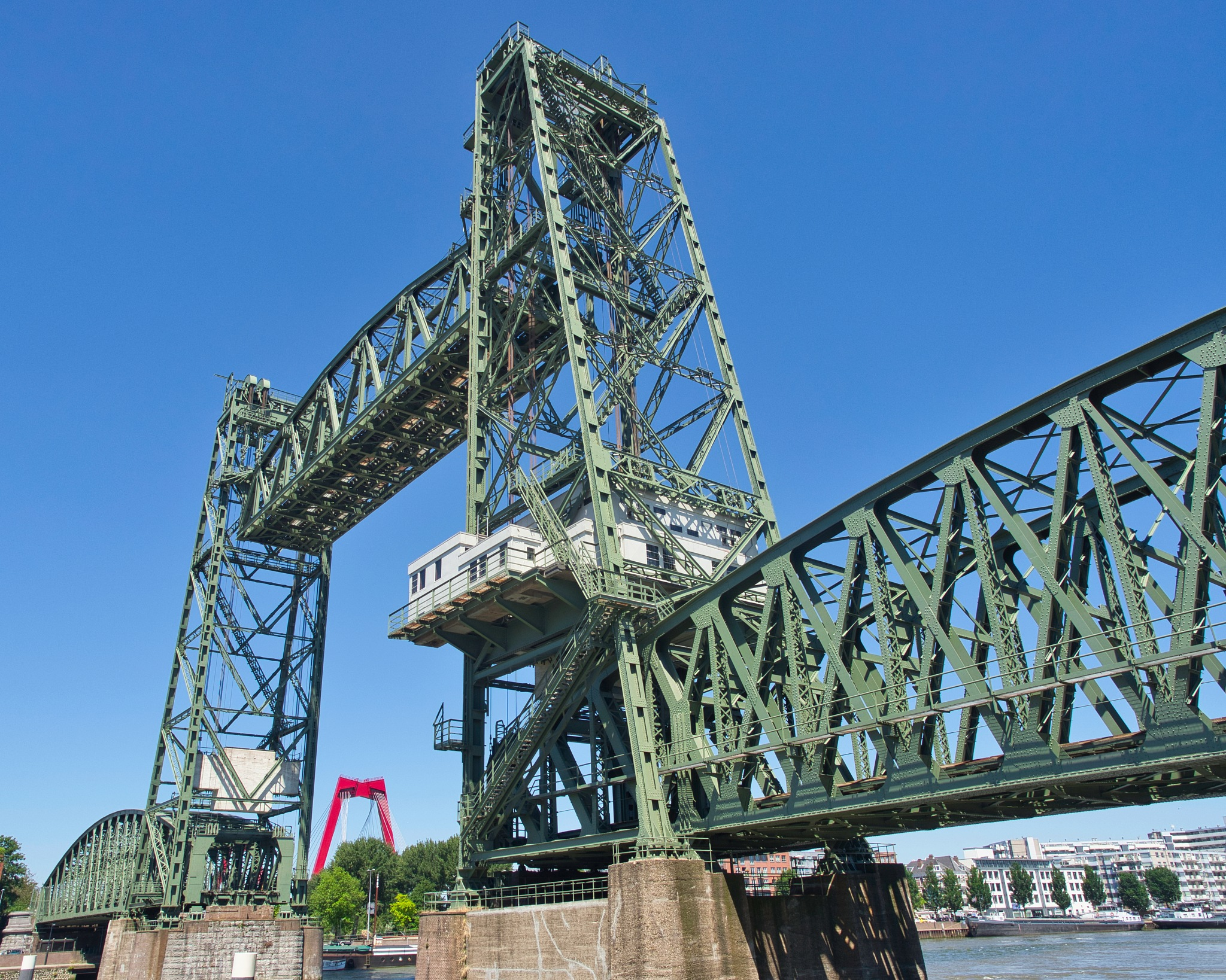 The Hef, from swing bridge, liftbridge to National Monument by Jan Snijder