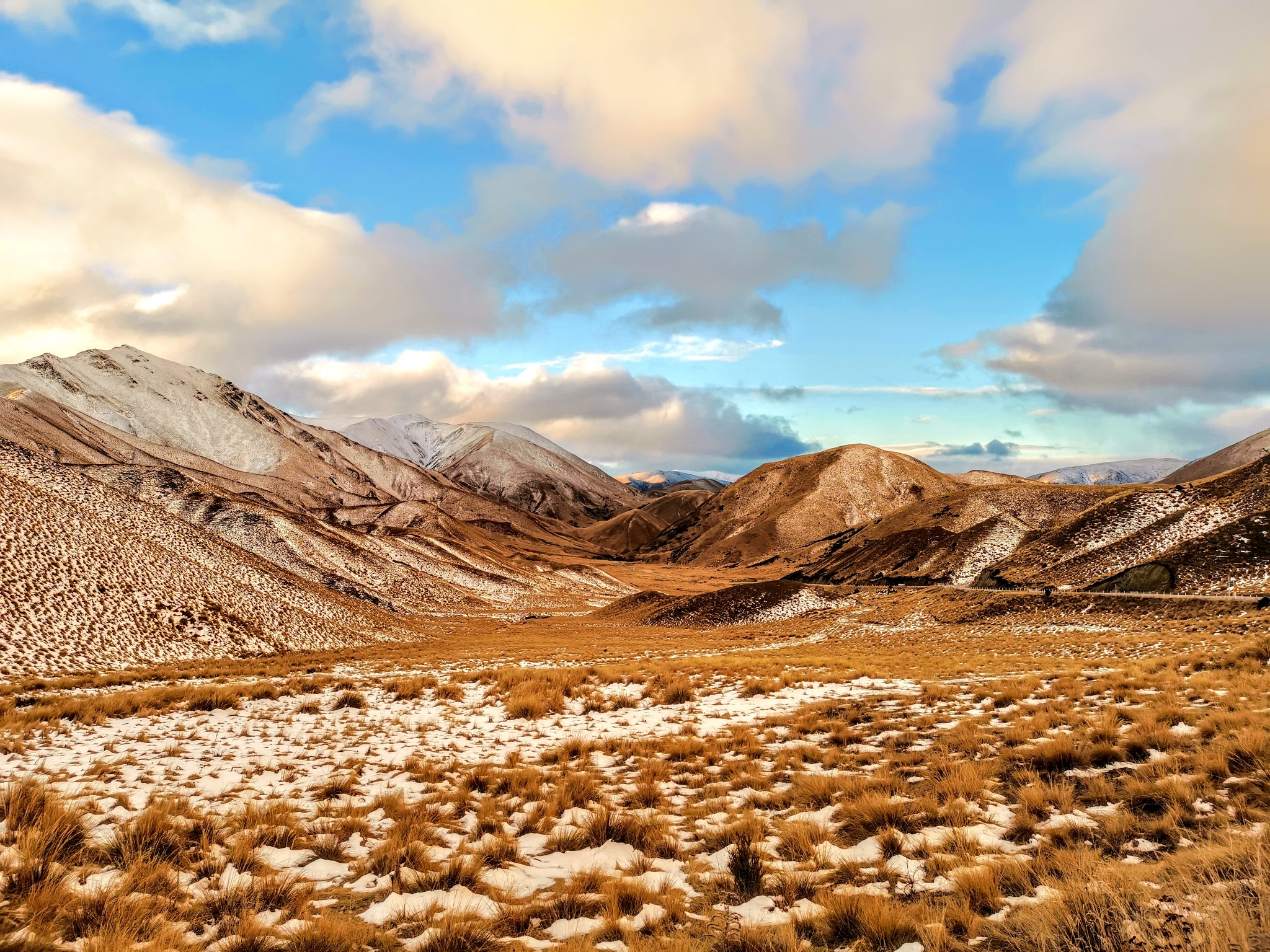 scenery at Lindis Pass by chewptan