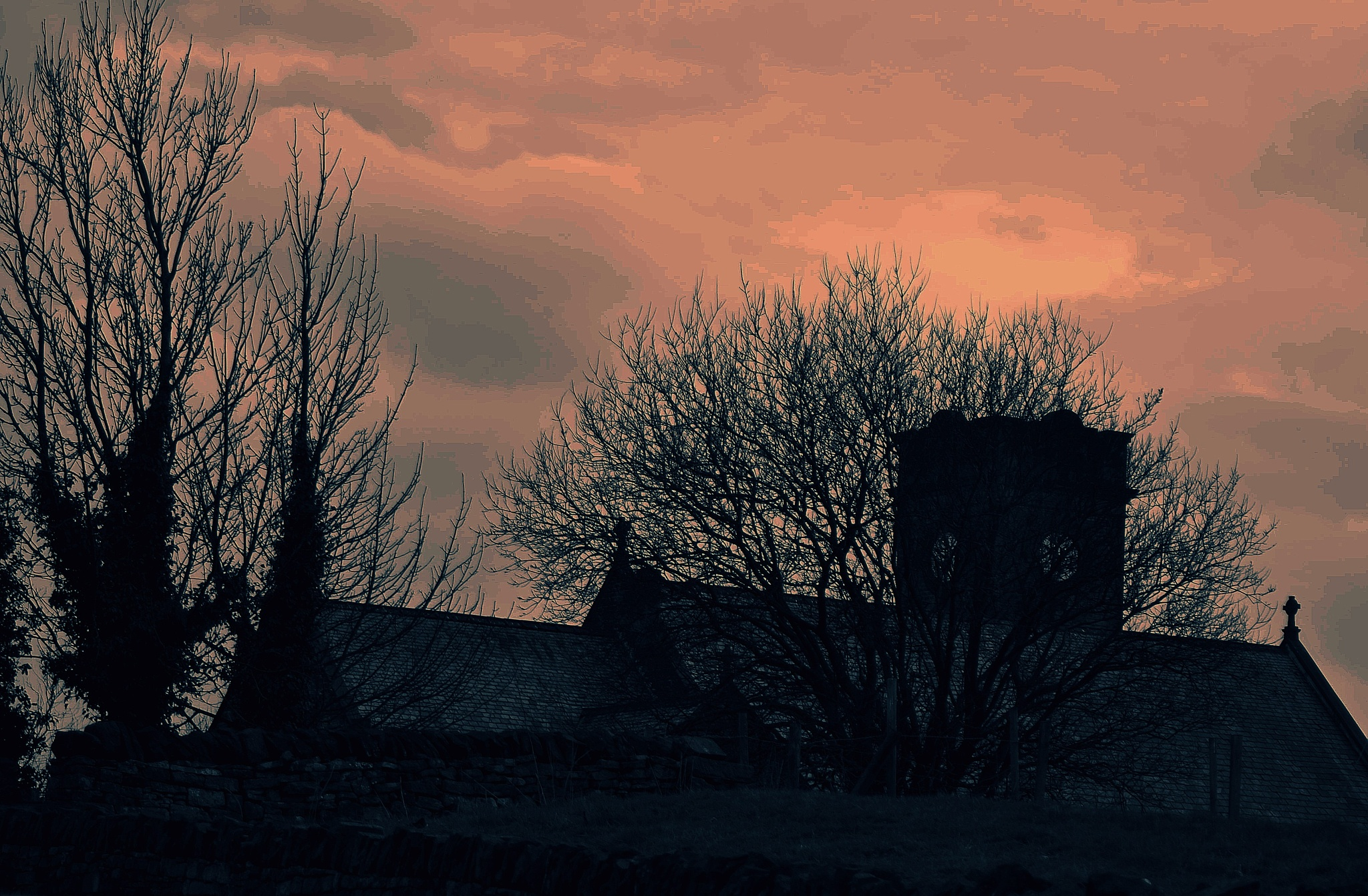 Evening  over Lygate Oldham by gordon simpson